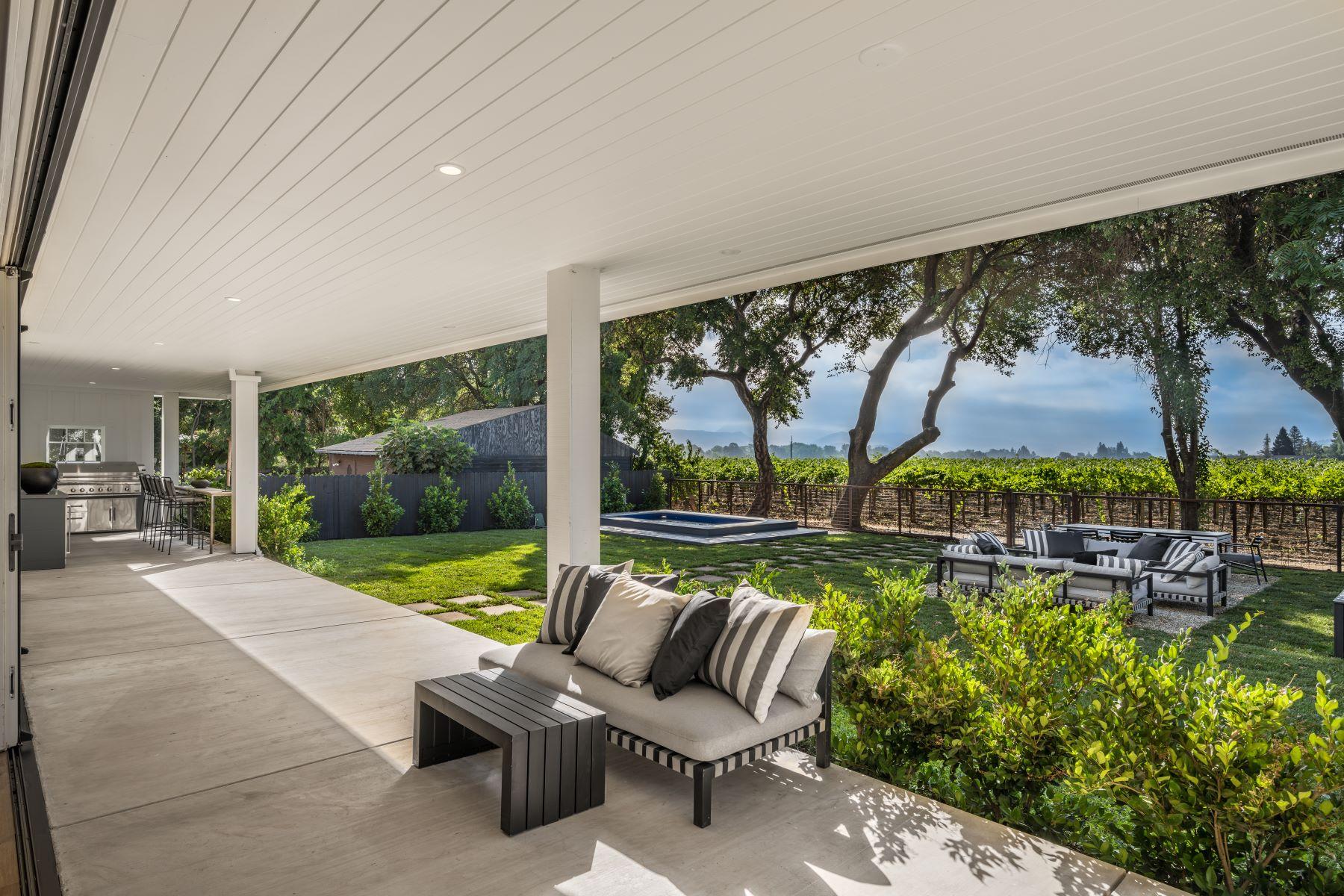 Single Family Homes 为 销售 在 Rutherford Vineyard View 1133 Rutherford Rd 纳帕, 加利福尼亚州 94558 美国