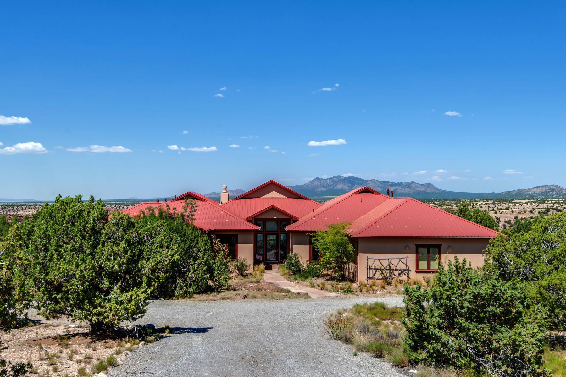Single Family Homes per Vendita alle ore 24 Canada Vista Drive, Sandia Park, Nuovo Messico 87047 Stati Uniti