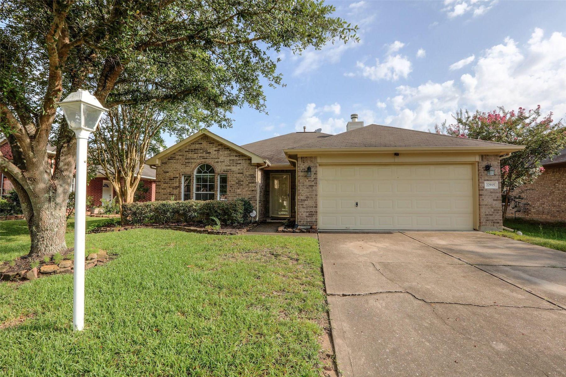 Single Family Homes for Sale at 22915 Sebastian Drive Porter, Texas 77365 United States
