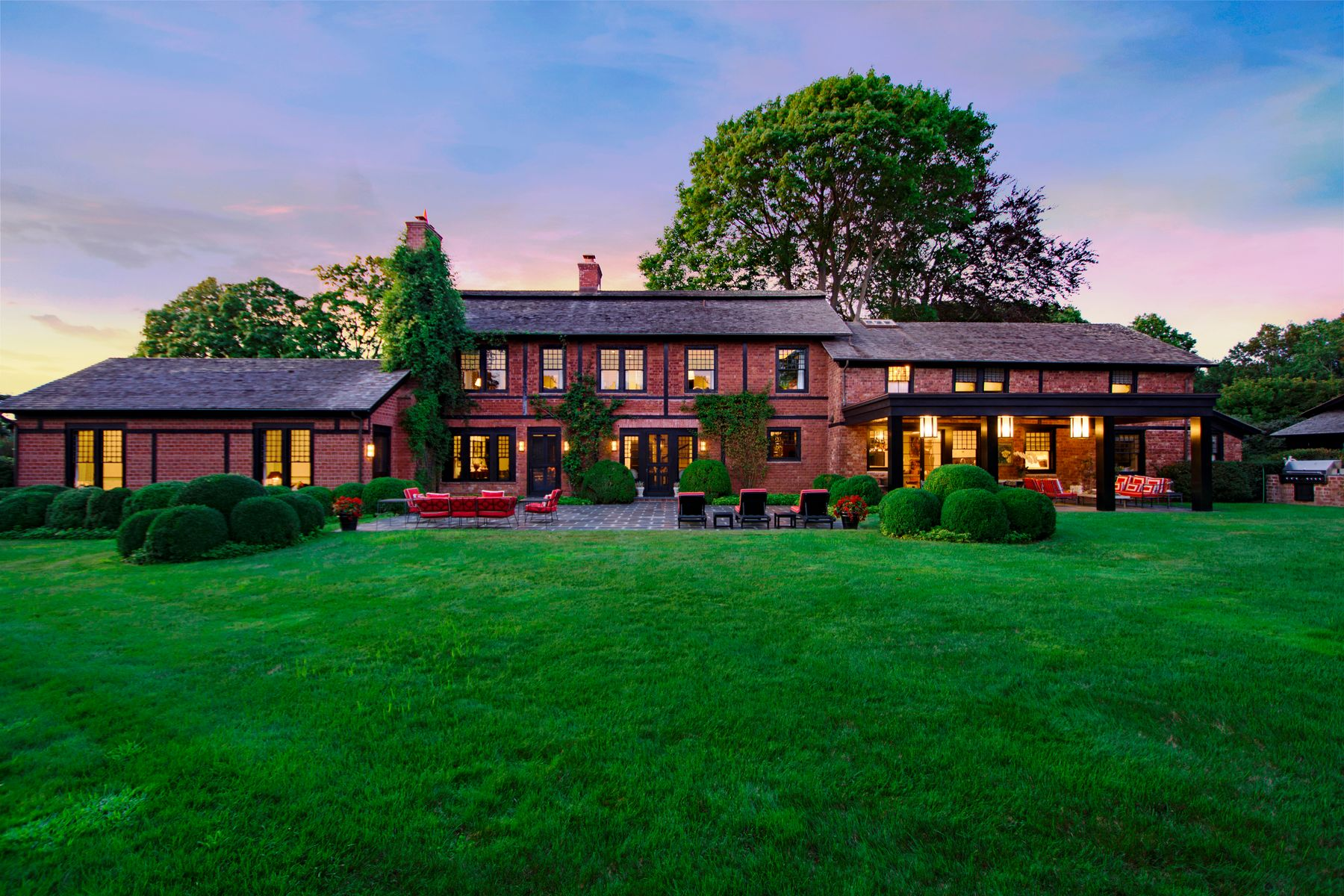 Additional photo for property listing at The Redcraft Estate Southampton Village 420 Ox Pasture Rd Southampton, New York 11968 United States