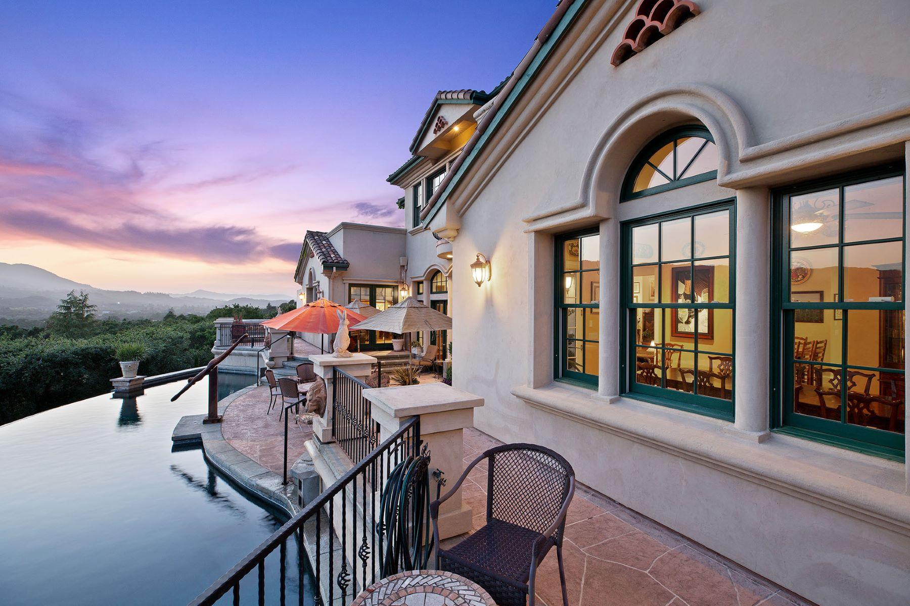 Single Family Homes por un Venta en Mediterranean Villa With Sweeping Views 405 London Way Sonoma, California 95476 Estados Unidos