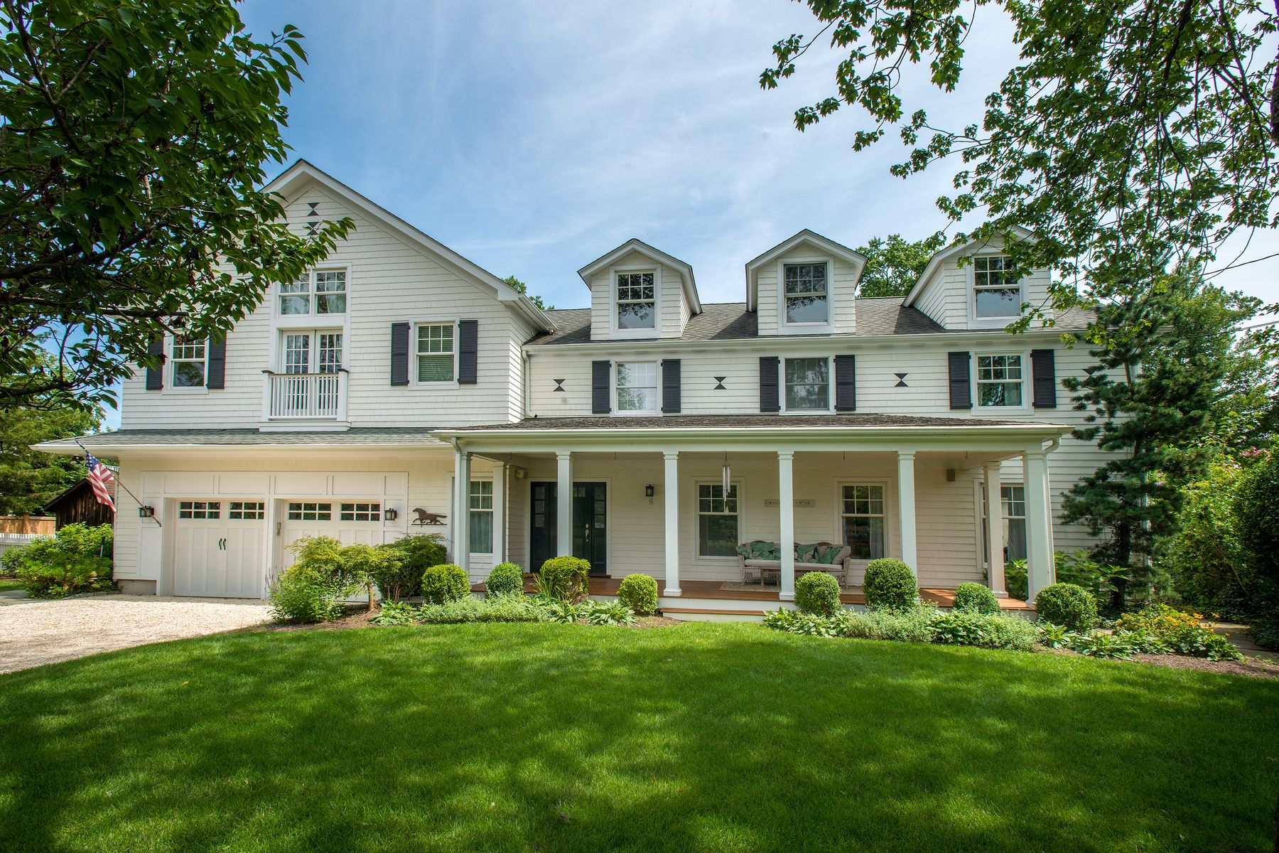 Single Family Homes for Sale at 9 Grace Street Old Greenwich, Connecticut 06870 United States