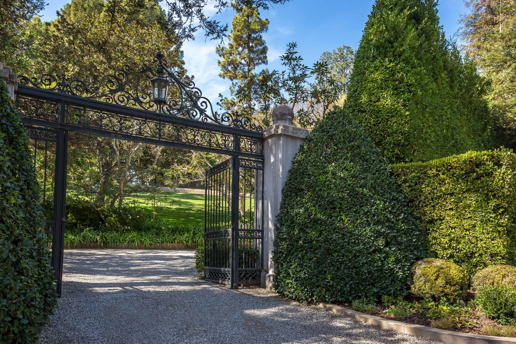 Single Family Homes por un Venta en Legendary Prime Holmby Hills Estate 255 Ladera Drive Los Angeles, California 90077 Estados Unidos