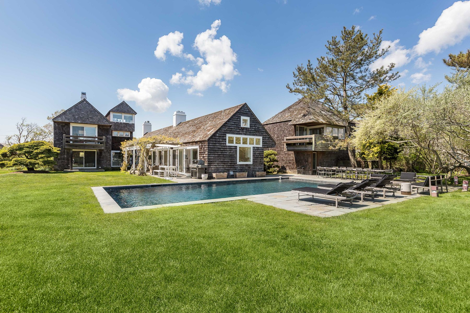 Single Family Home for Active at A Stone's Throw from the Beach 285 Jobs Lane Bridgehampton, New York 11932 United States