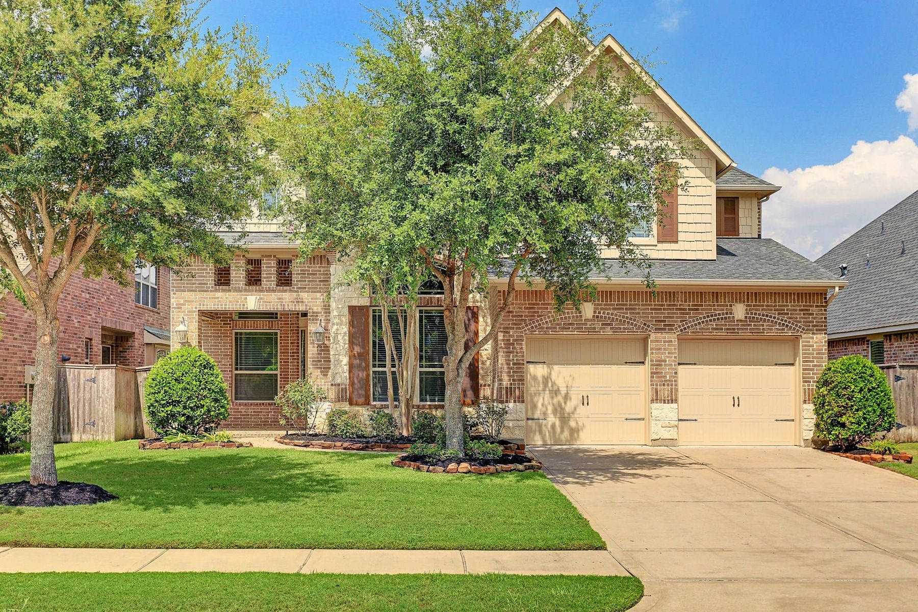 Single Family Homes for Sale at 27618 Dalton Bluff Court Katy, Texas 77494 United States
