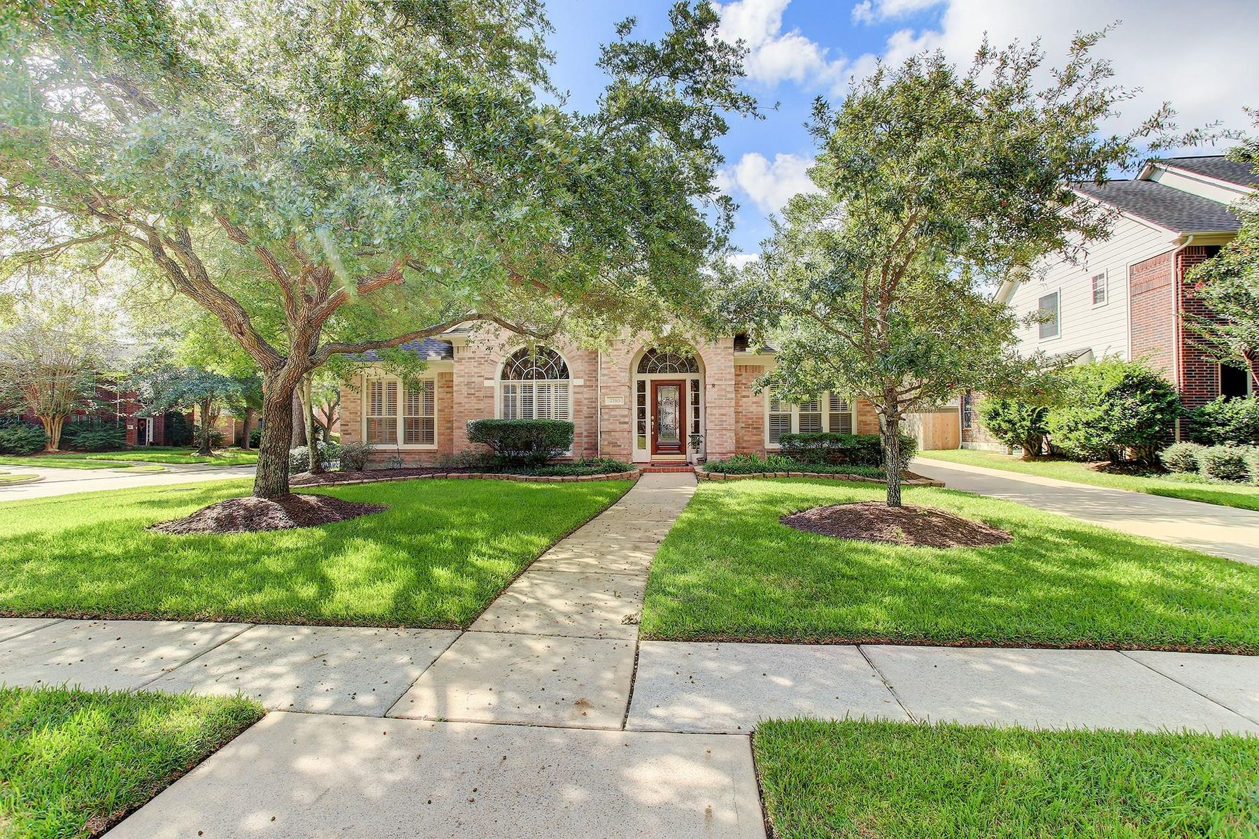 Single Family Homes for Sale at 23315 Enchanted Landing Lane Katy, Texas 77494 United States