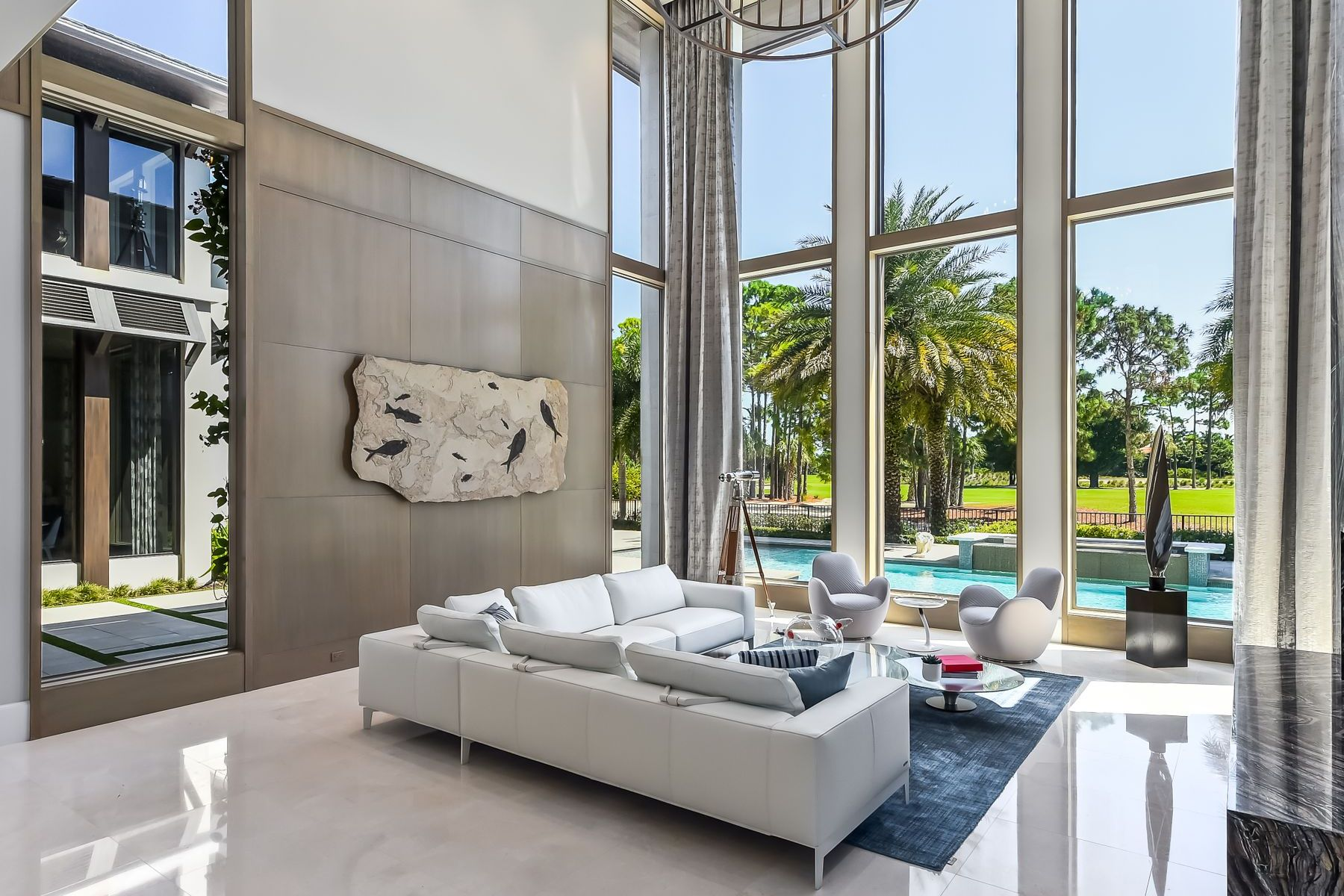 Single Family Homes for Sale at Exquisite Contemporary 11749 Bella Donna Court, Palm Beach Gardens, Florida 33418 United States