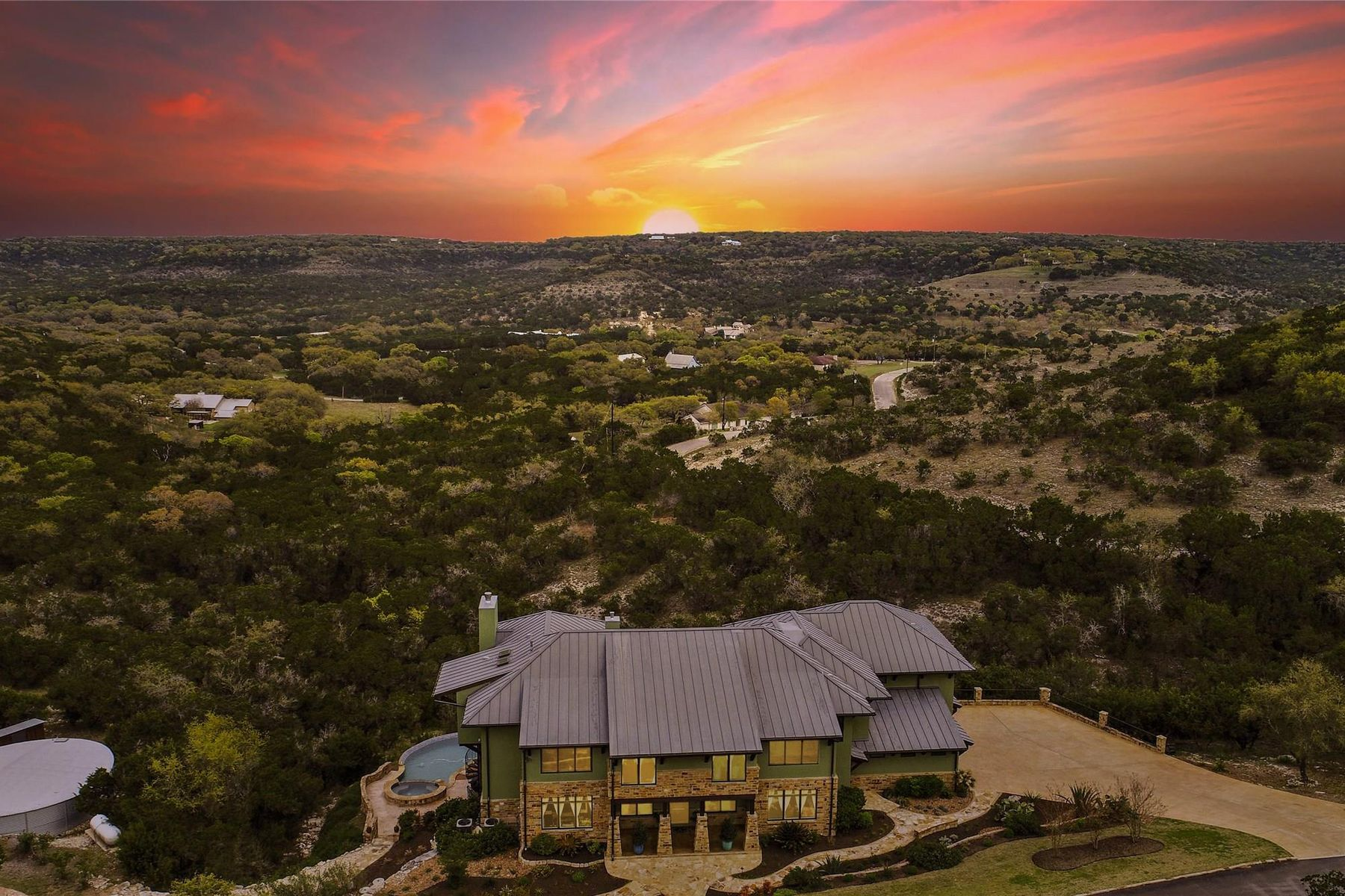 Single Family Homes pour l Vente à Wimberley, Texas 78676 États-Unis