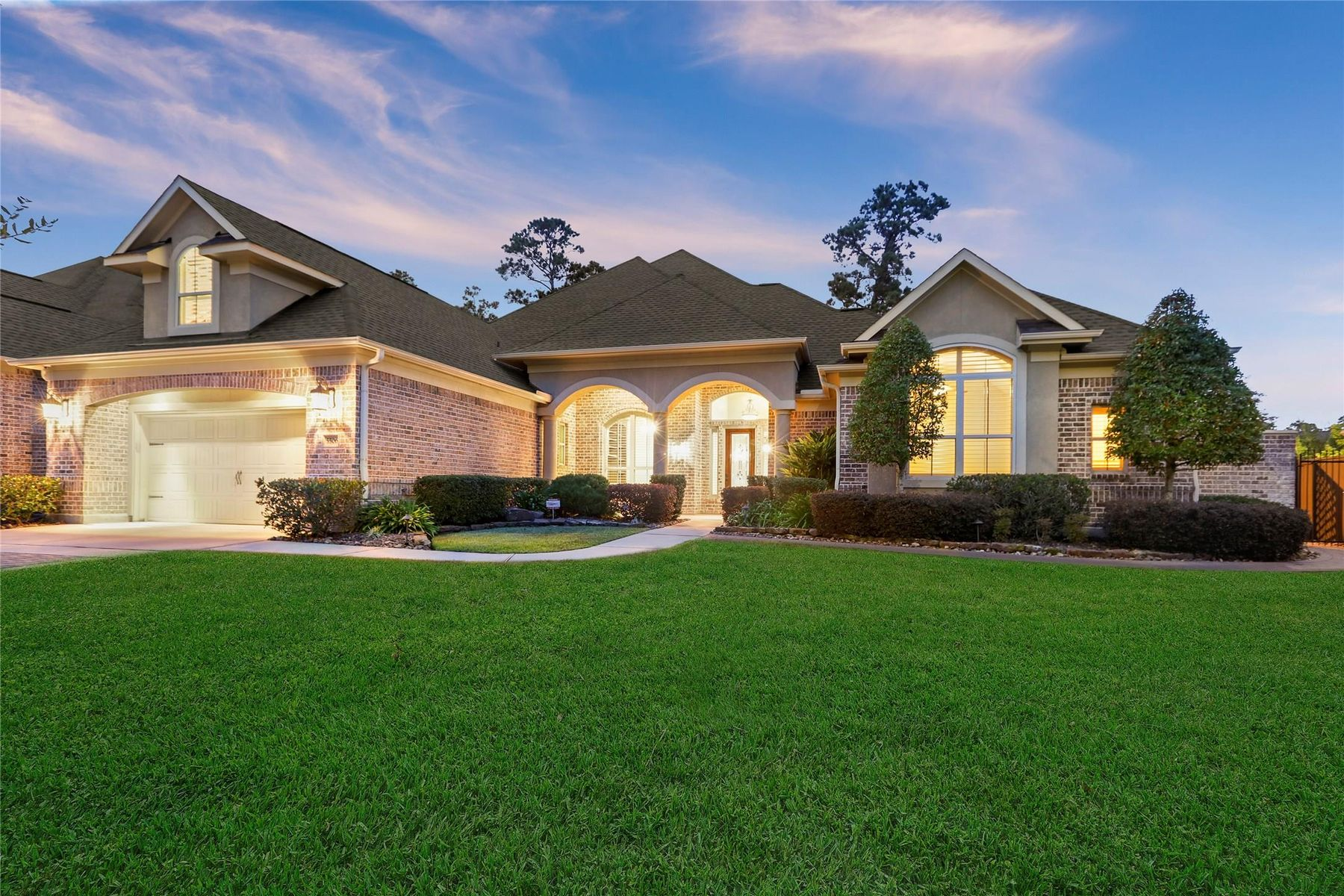Single Family Homes for Sale at 5506 August Hill Drive Kingwood, Texas 77345 United States