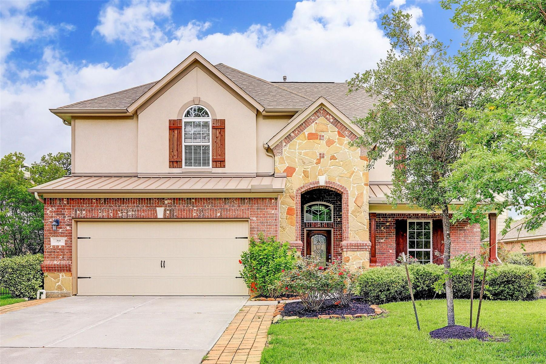 Single Family Homes for Sale at 30 Prairie Falcon Place The Woodlands, Texas 77389 United States