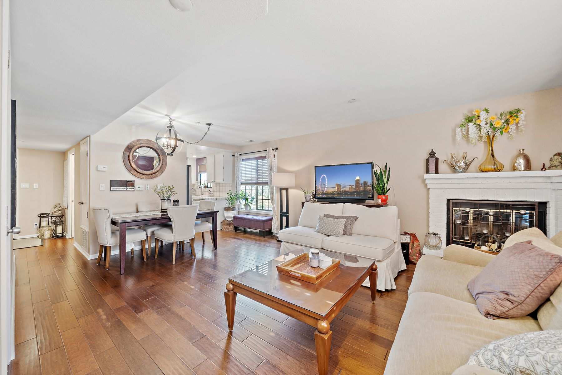 Condominiums for Sale at Walk to Downtown From This Large Condo 1432 San Carlos Ave Apt 3 San Carlos, California 94070 United States