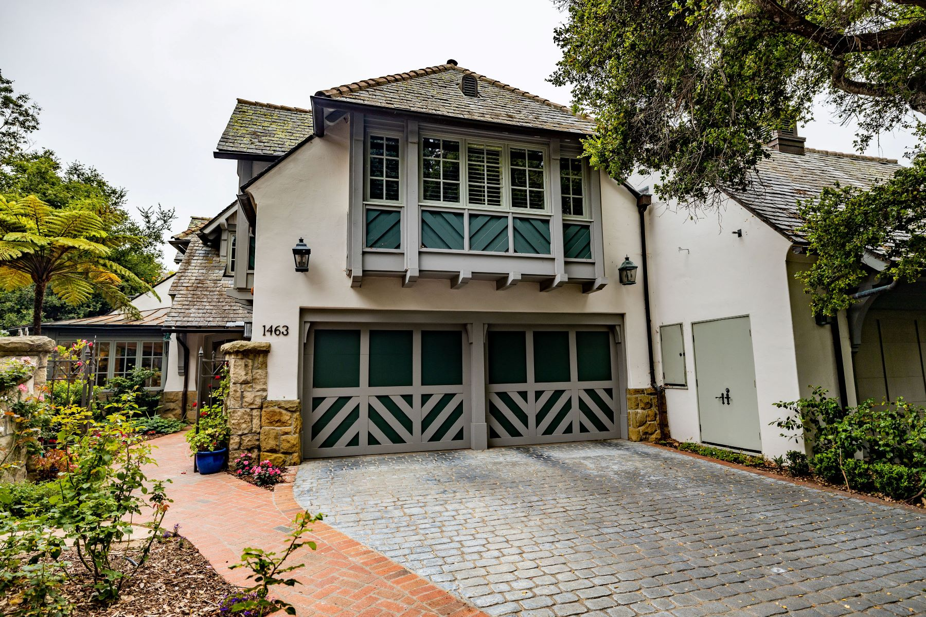 townhouses for Active at Montecito's Exclusive Sea Meadow 1463 Vicenti Place Montecito, California 93108 United States