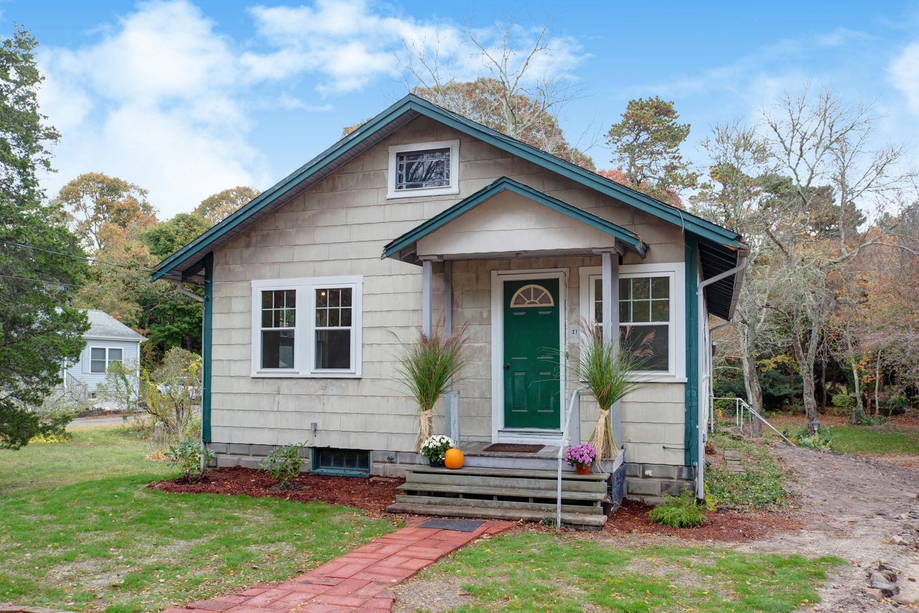 Single Family Homes 为 销售 在 27 County Road 波恩, 马萨诸塞州 02532 美国