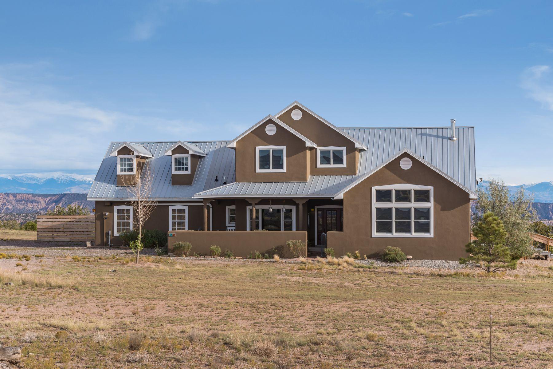 Single Family Homes per Vendita alle ore Medanales, Nuovo Messico 87548 Stati Uniti