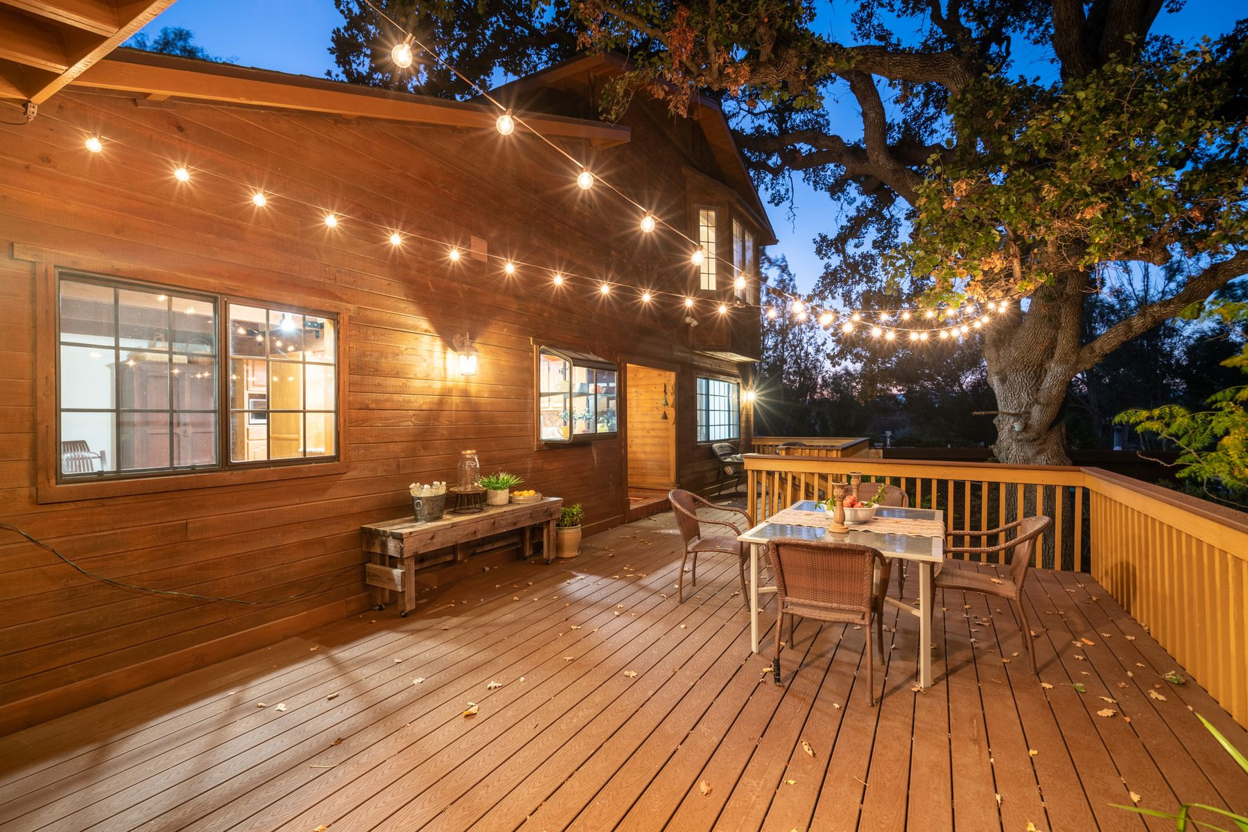 Single Family Homes for Sale at Charming, Modern Cabin in the Woods 28328 Driver Avenue Agoura Hills, California 91301 United States
