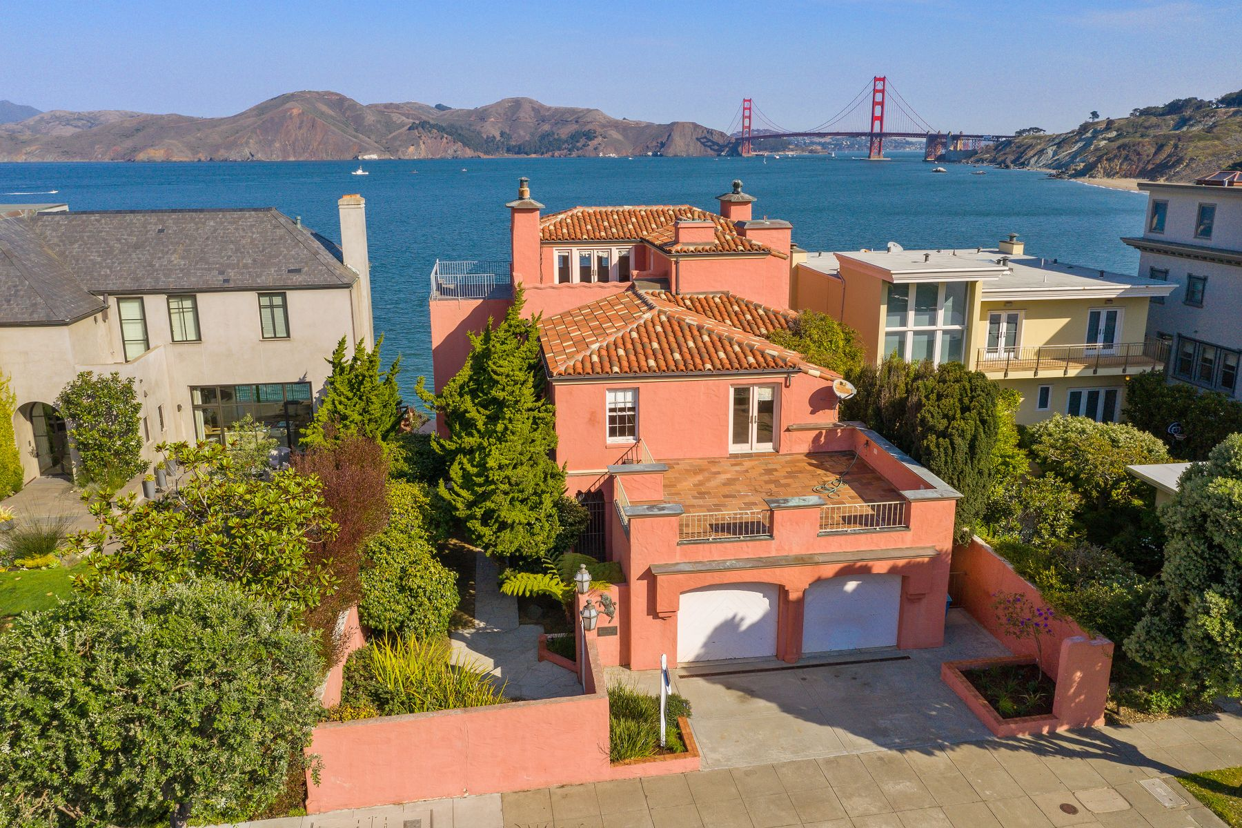 Single Family Homes for Active at Unique Sea Cliff Home 224 Sea Cliff Ave San Francisco, California 94121 United States