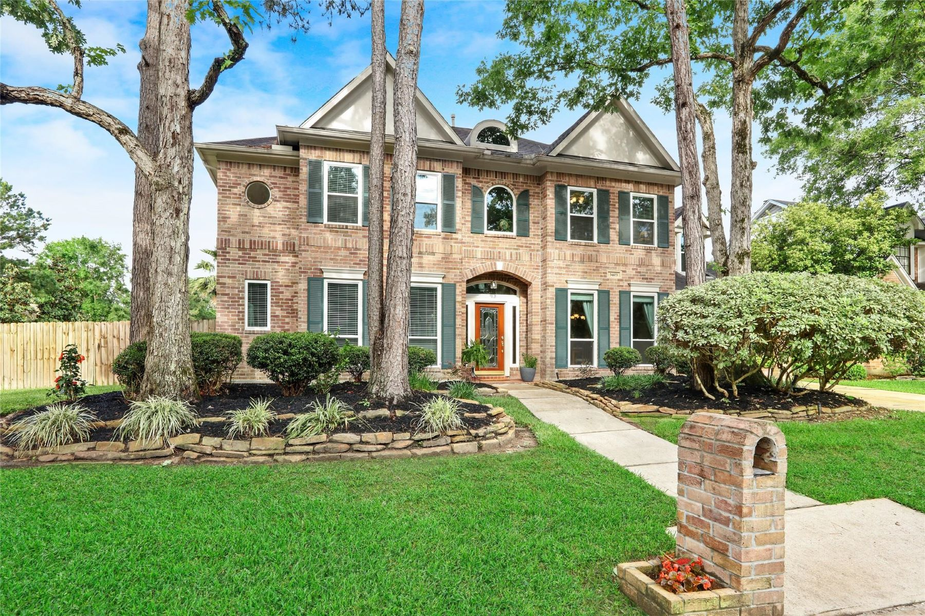 Single Family Homes for Sale at 3403 Cedar Mill Court Kingwood, Texas 77345 United States