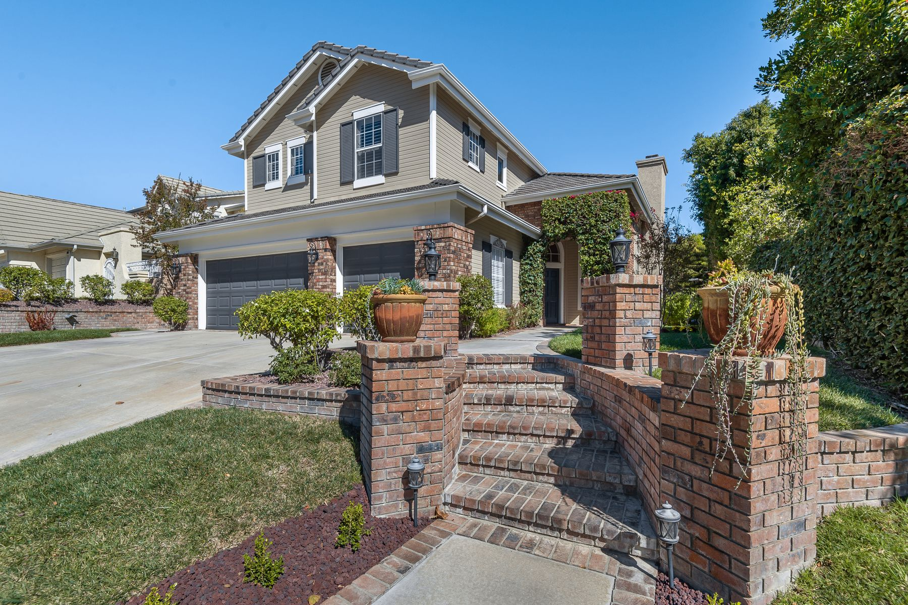 Single Family Homes for Sale at 2890 Irongate Place Thousand Oaks, California 91362 United States