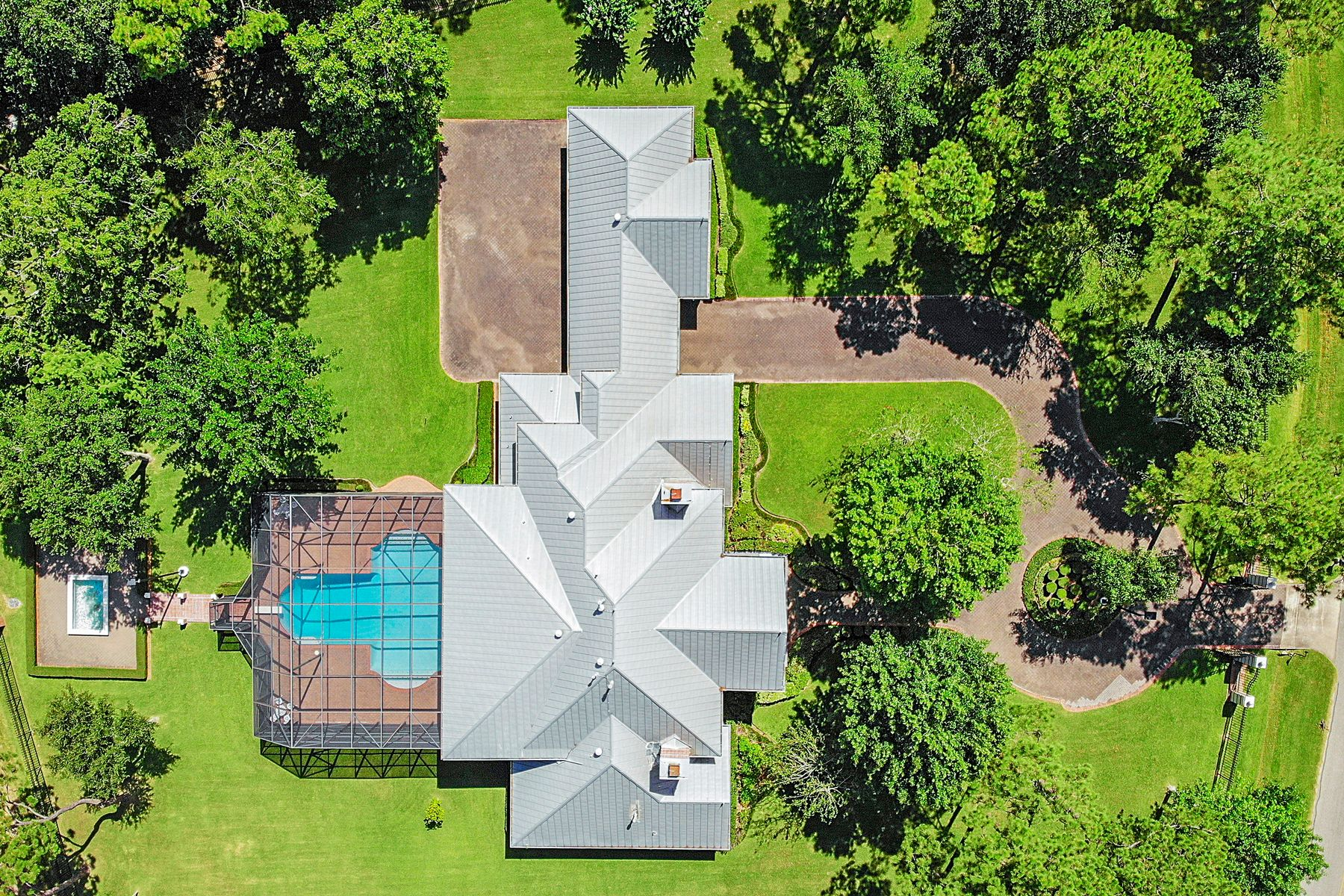 Single Family Homes for Active at 1109 Cowards Creek Drive Friendswood, Texas 77546 United States
