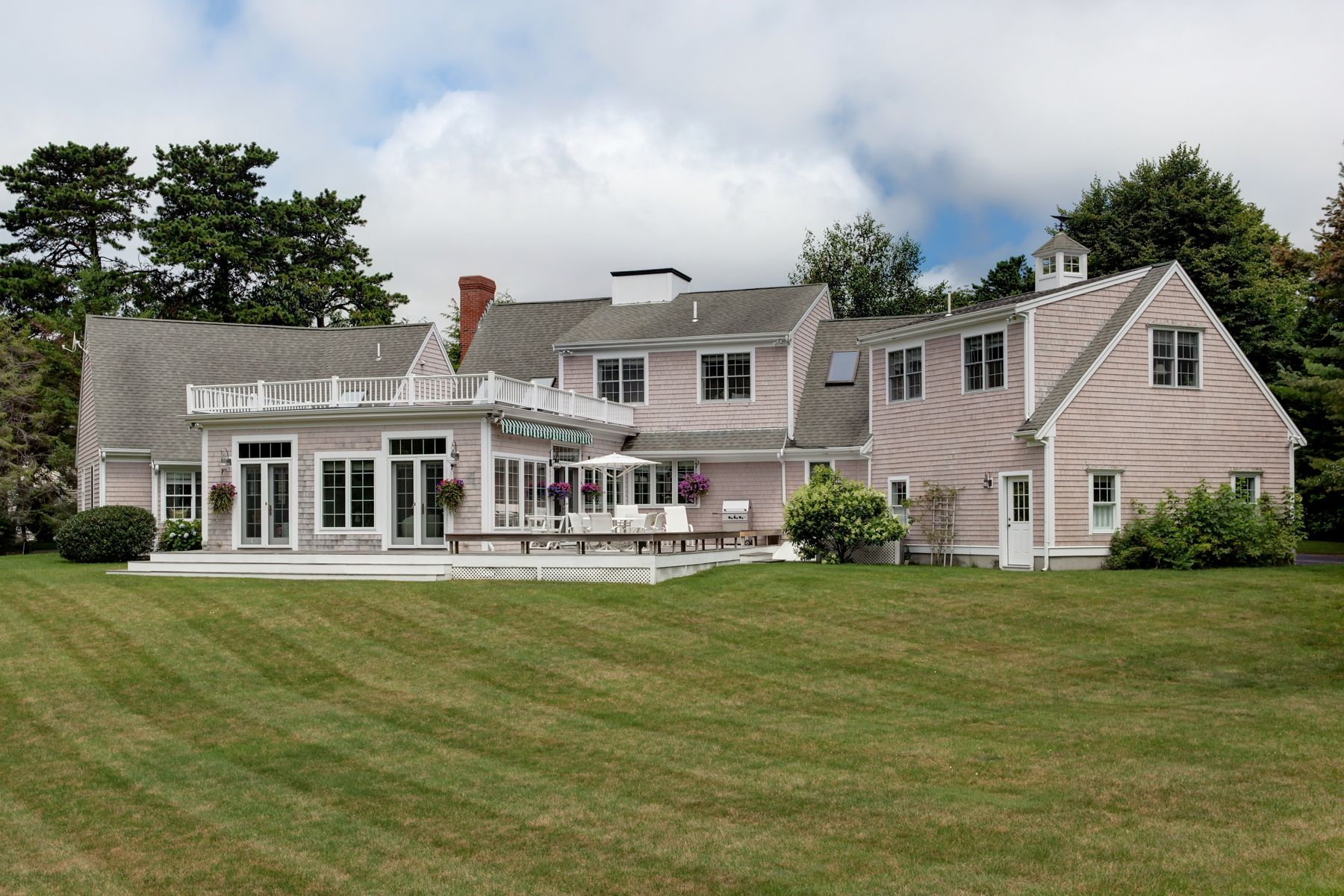 Single Family Homes for Sale at 47 Farm Valley Rd, Osterville, MA 47 Farm Valley Rd Osterville, Massachusetts 02655 United States