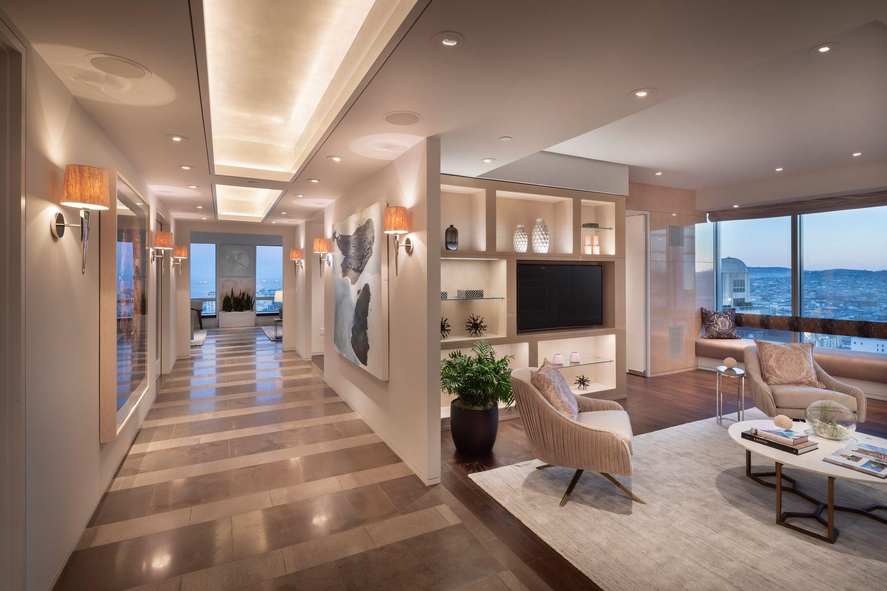 Condominiums por un Venta en 4,550 SqFt Four Seasons Residence 34A 765 Market St Apt 34A San Francisco, California 94103 Estados Unidos