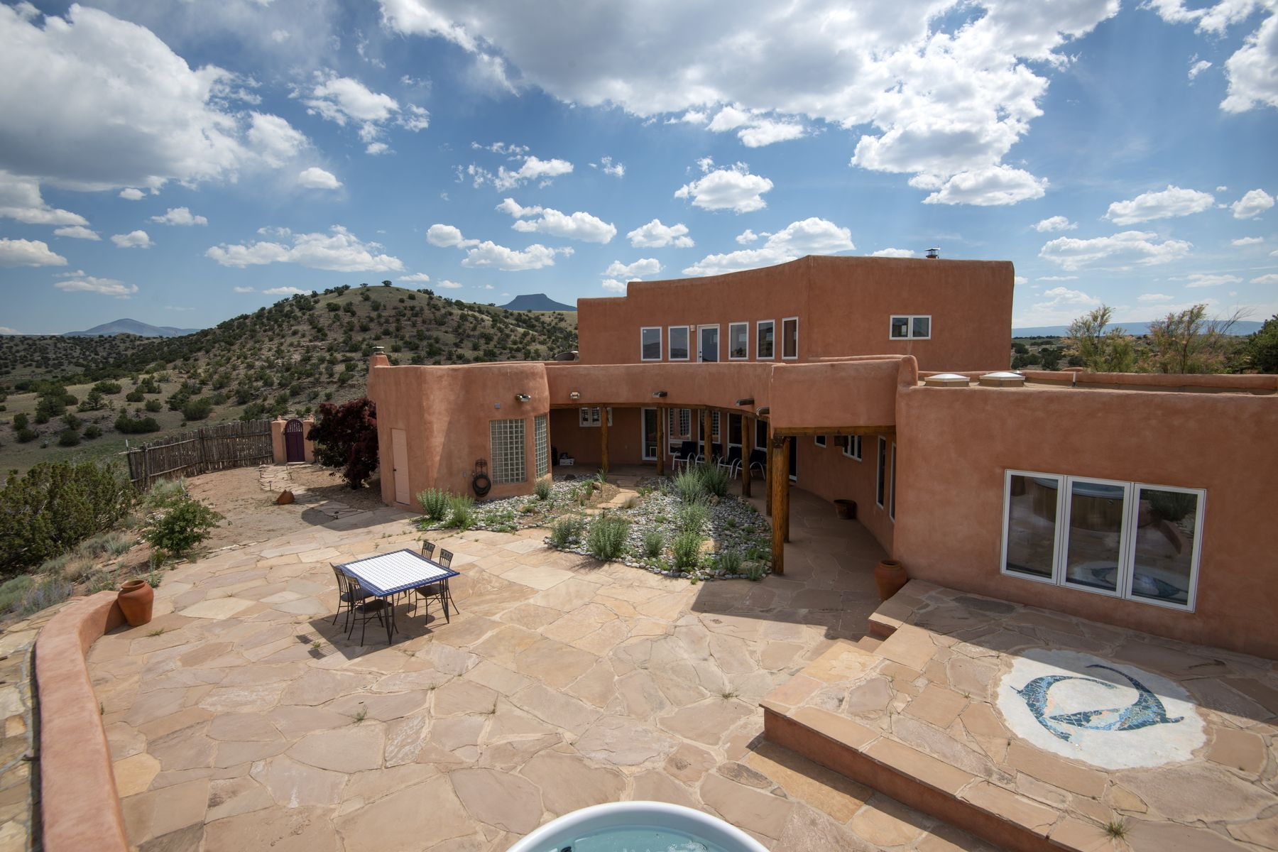Single Family Homes للـ Sale في Abiquiu, New Mexico 87510 United States