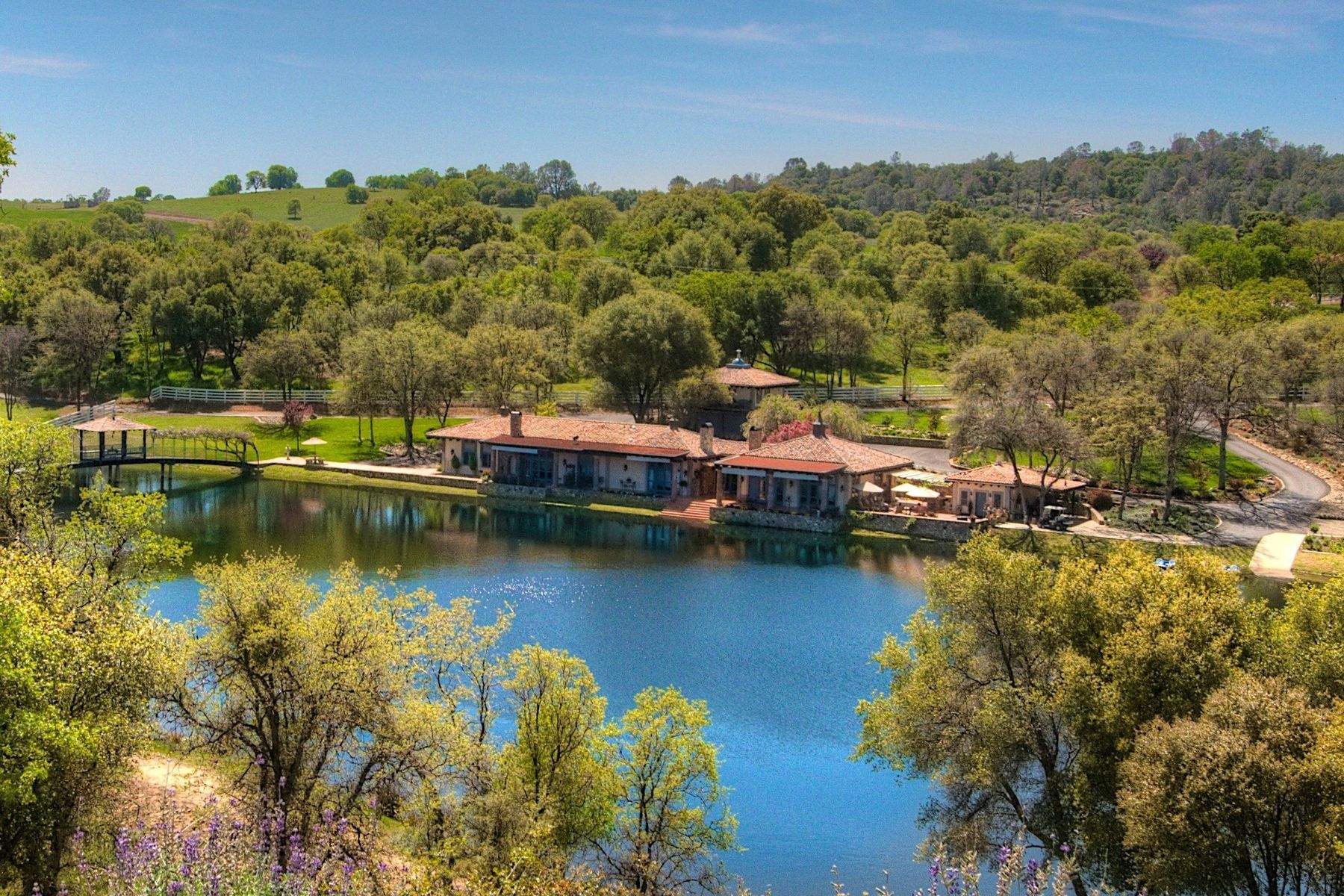 Granjas / Hacienda / Platanción por un Venta en Fred Smathers Guadalupe Ranch Estate 4164 Guadalupe Fire Road Catheys Valley, California 95338 Estados Unidos