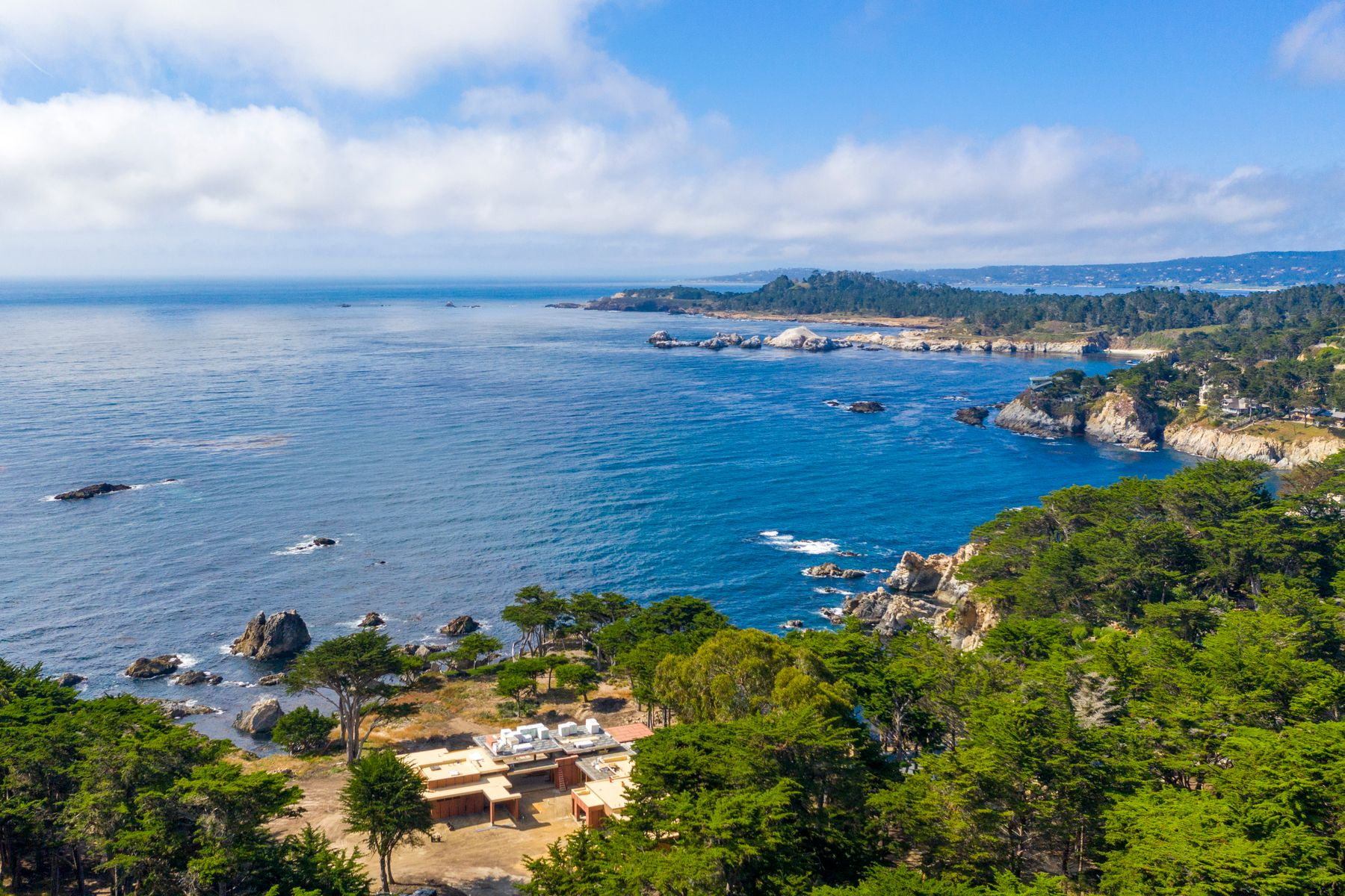 Single Family Homes for Sale at Contemporary Oceanfront Estate 165 Spindrift Road Carmel Highlands, California 93923 United States