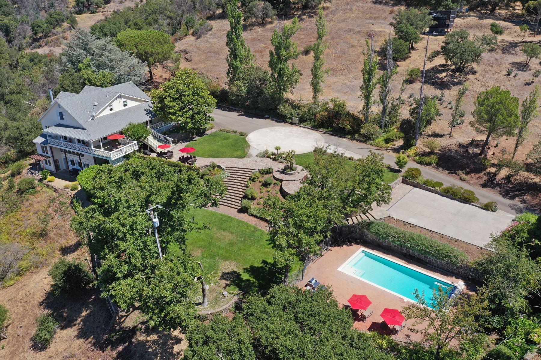 Other Residential Homes por un Venta en Majestic Moon Mountain 1750 Moon Mountain Rd Sonoma, California 95476 Estados Unidos