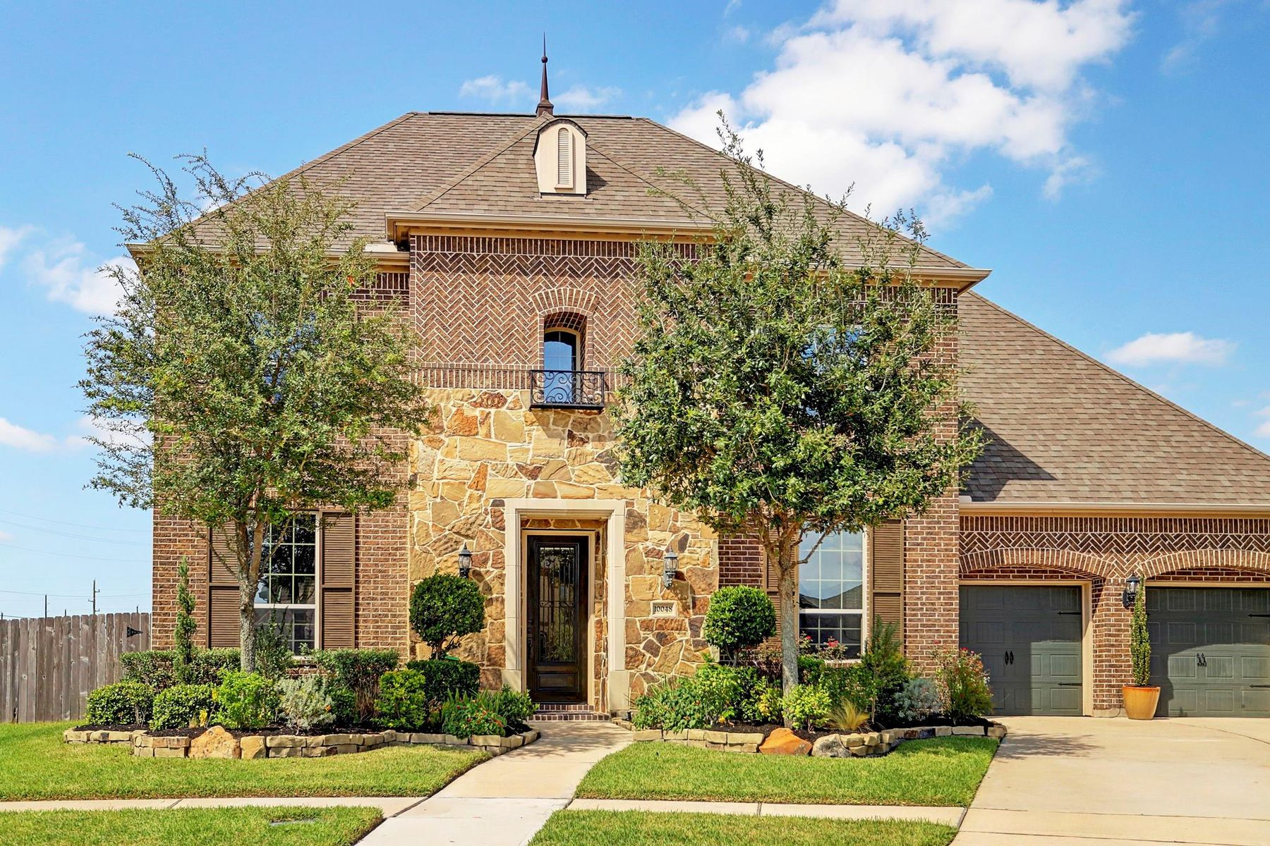 Single Family Homes for Sale at 10048 Easton Sky Lane Cypress, Texas 77433 United States