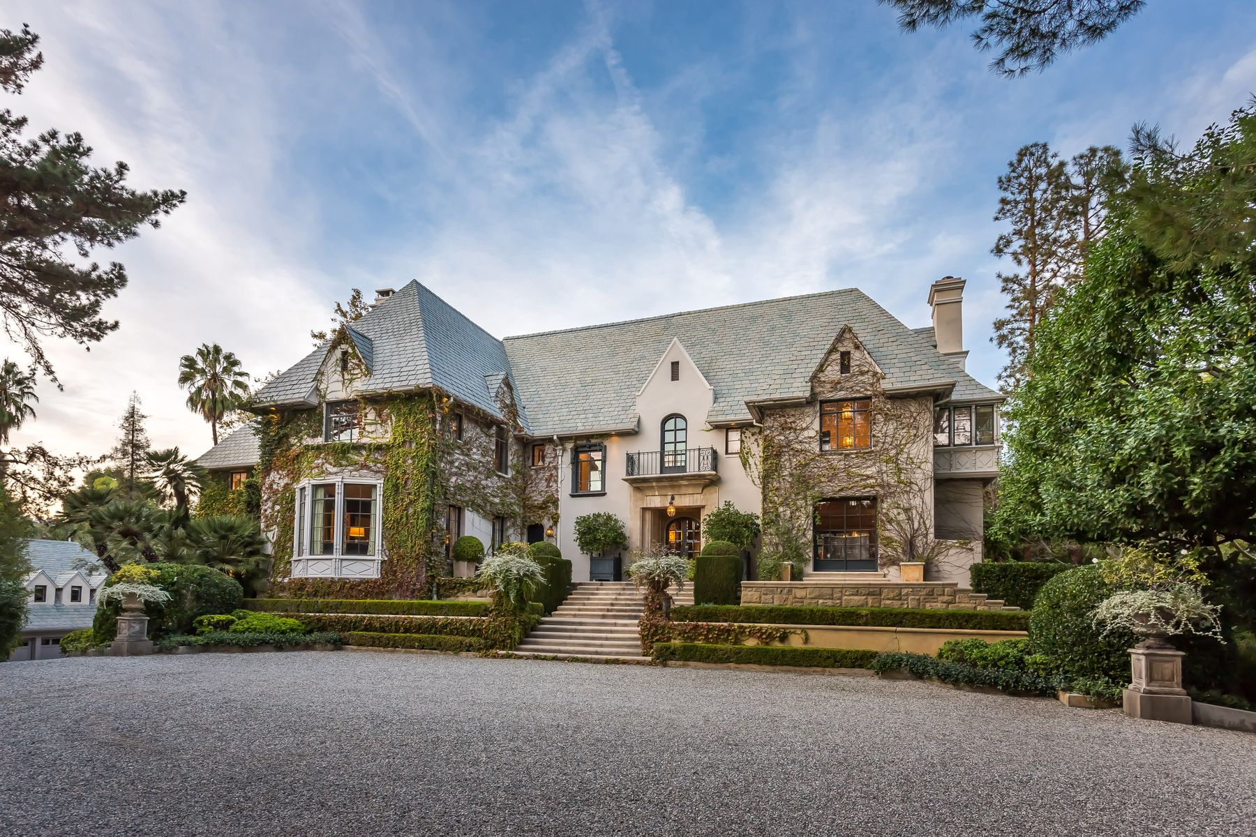 Single Family Homes for Sale at Legendary Prime Holmby Hills Estate 255 Ladera Drive Beverly Hills, California 90210 United States