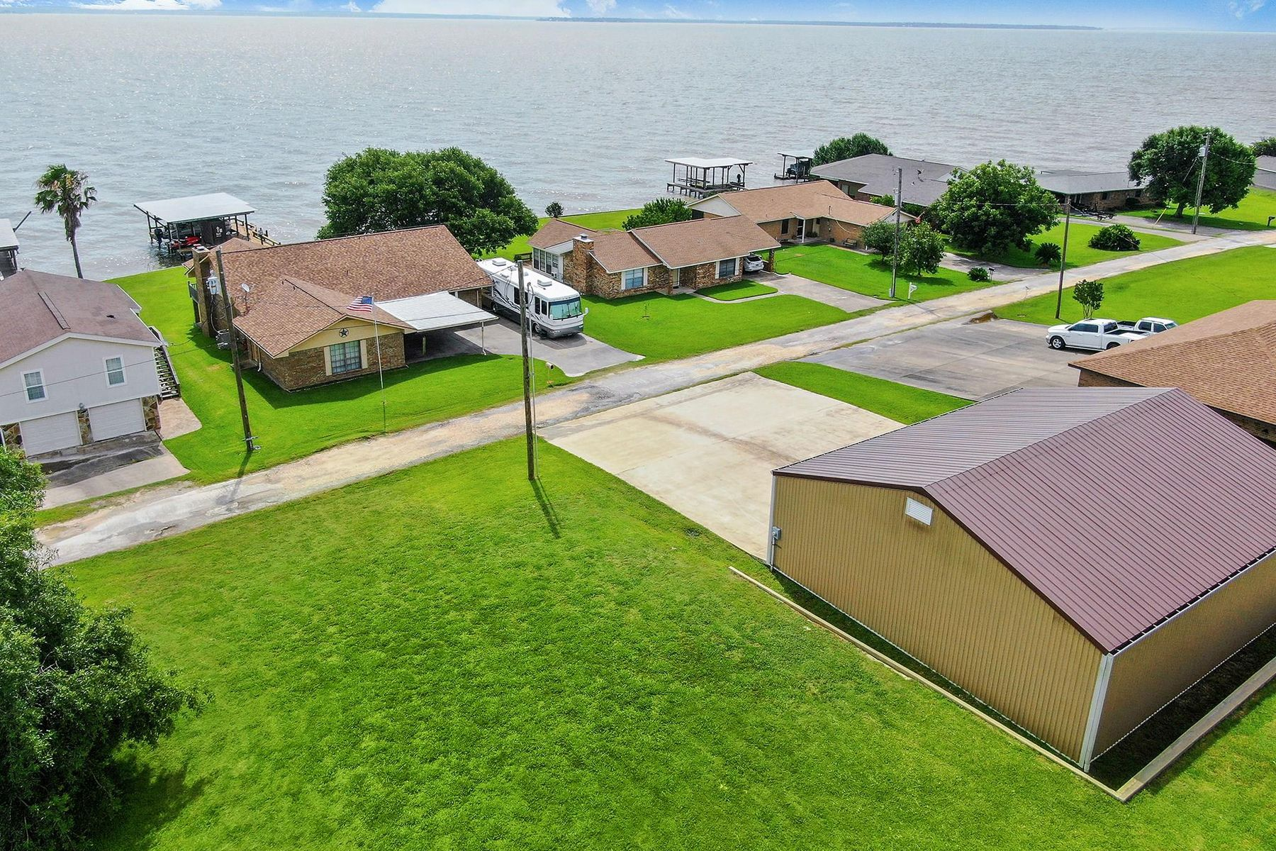 Land for Active at 140 Fishermans Bend Drive Pointblank, Texas 77364 United States
