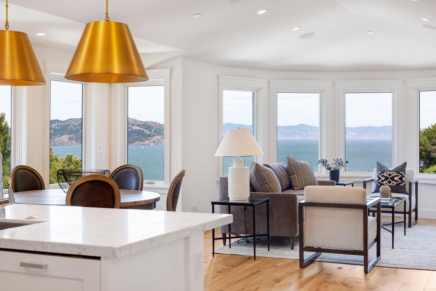 Condominiums 为 销售 在 BRAND NEW LUXURY RESIDENCE 37 Crescent Ave 索萨利托, 加利福尼亚州 94965 美国