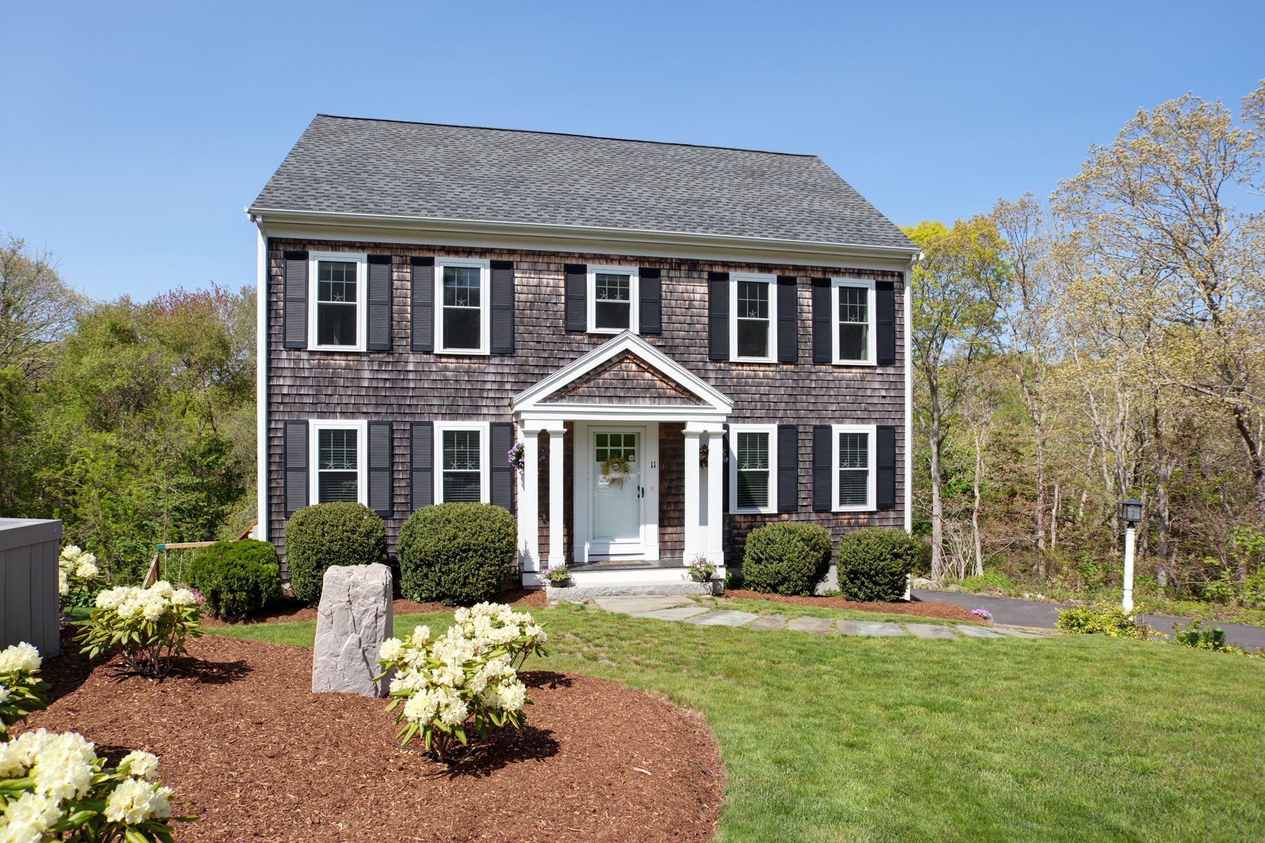 Single Family Homes for Active at 11 Oyster Hill Drive Sandwich, Massachusetts 02563 United States