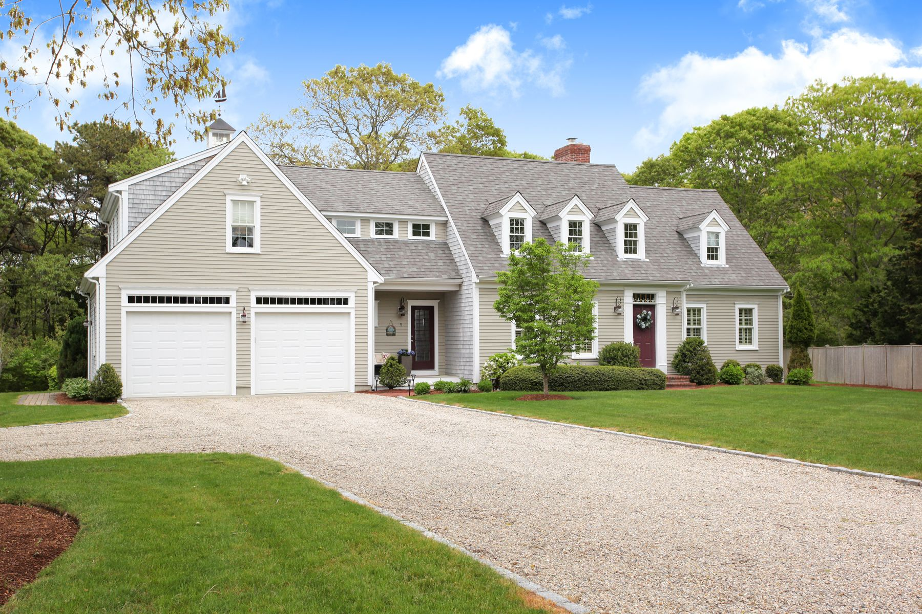Single Family Homes for Active at 5 Cowslip Path East Sandwich, Massachusetts 02537 United States