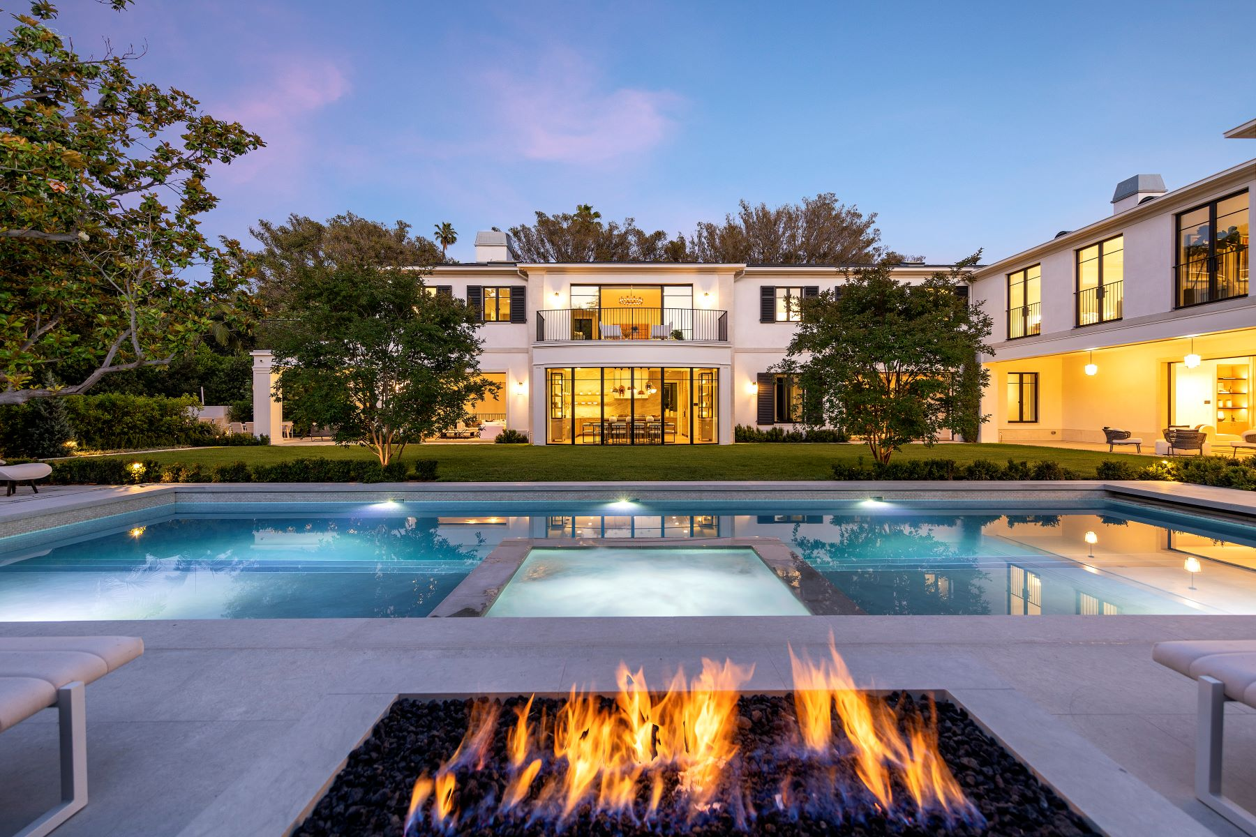 Single Family Homes for Sale at Brand New Beverly Hills Estate 1000 Laurel Way Beverly Hills, California 90210 United States