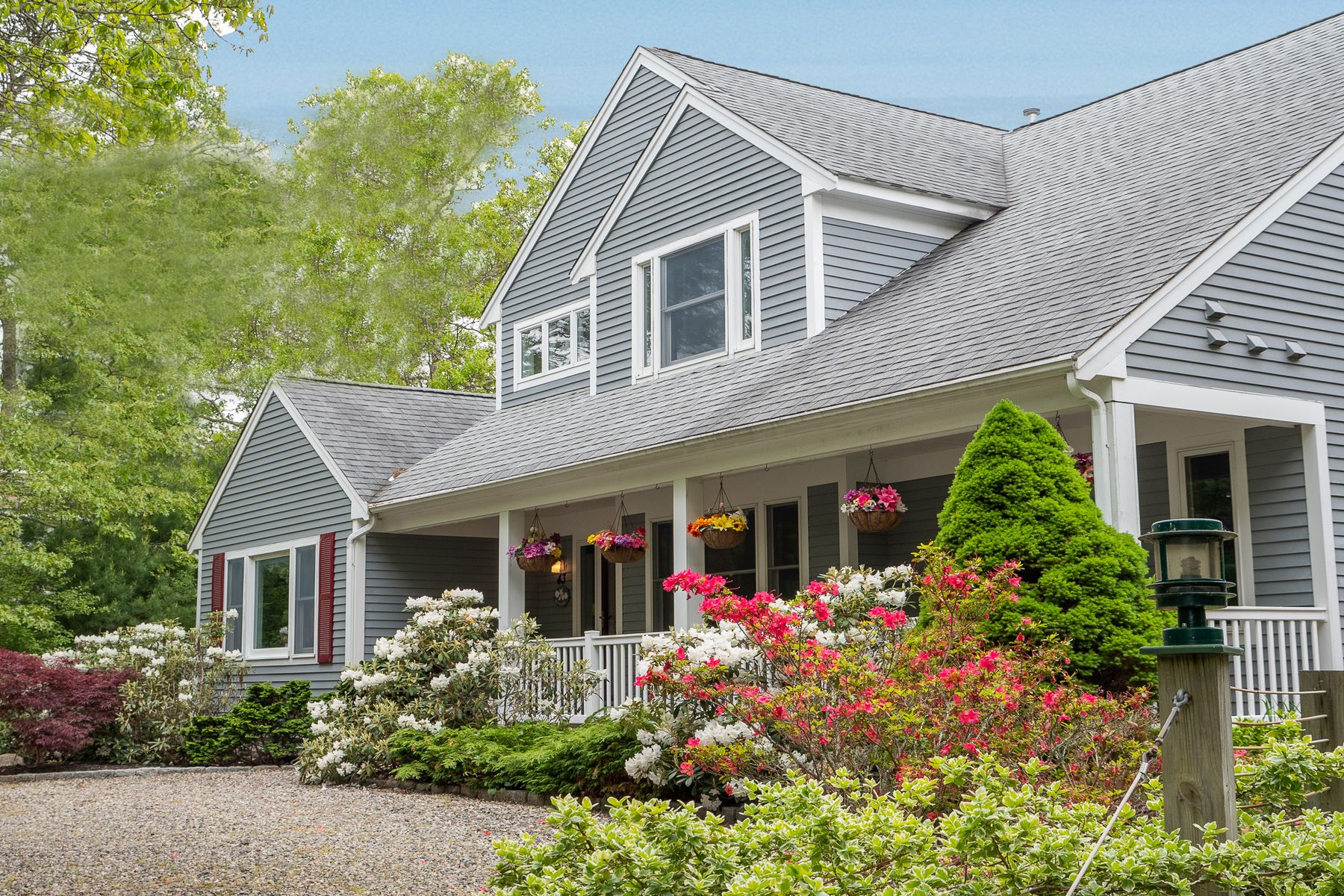 Single Family Homes for Active at 43 Quimby Lane East Falmouth, Massachusetts 02536 United States