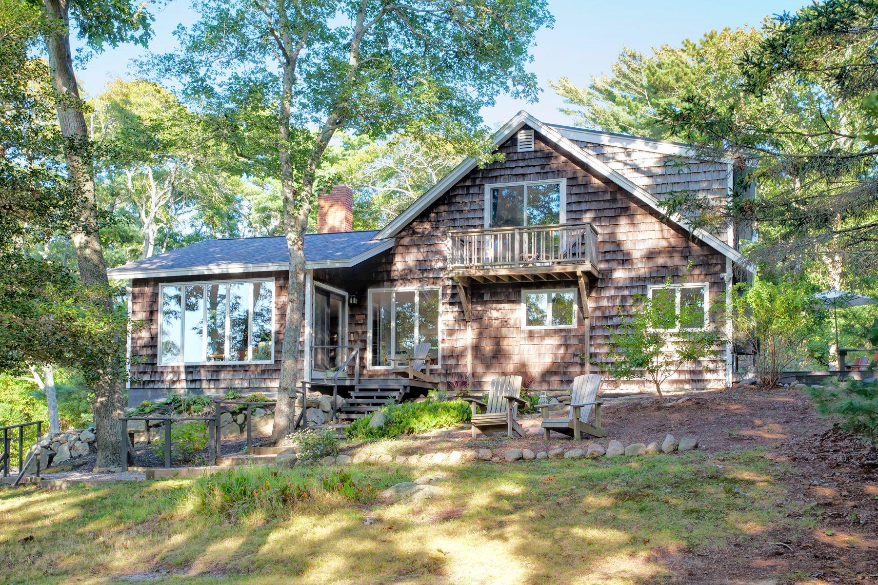 Single Family Homes 为 销售 在 49 Blacksmith Shop Road 法尔茅斯, 马萨诸塞州 02540 美国