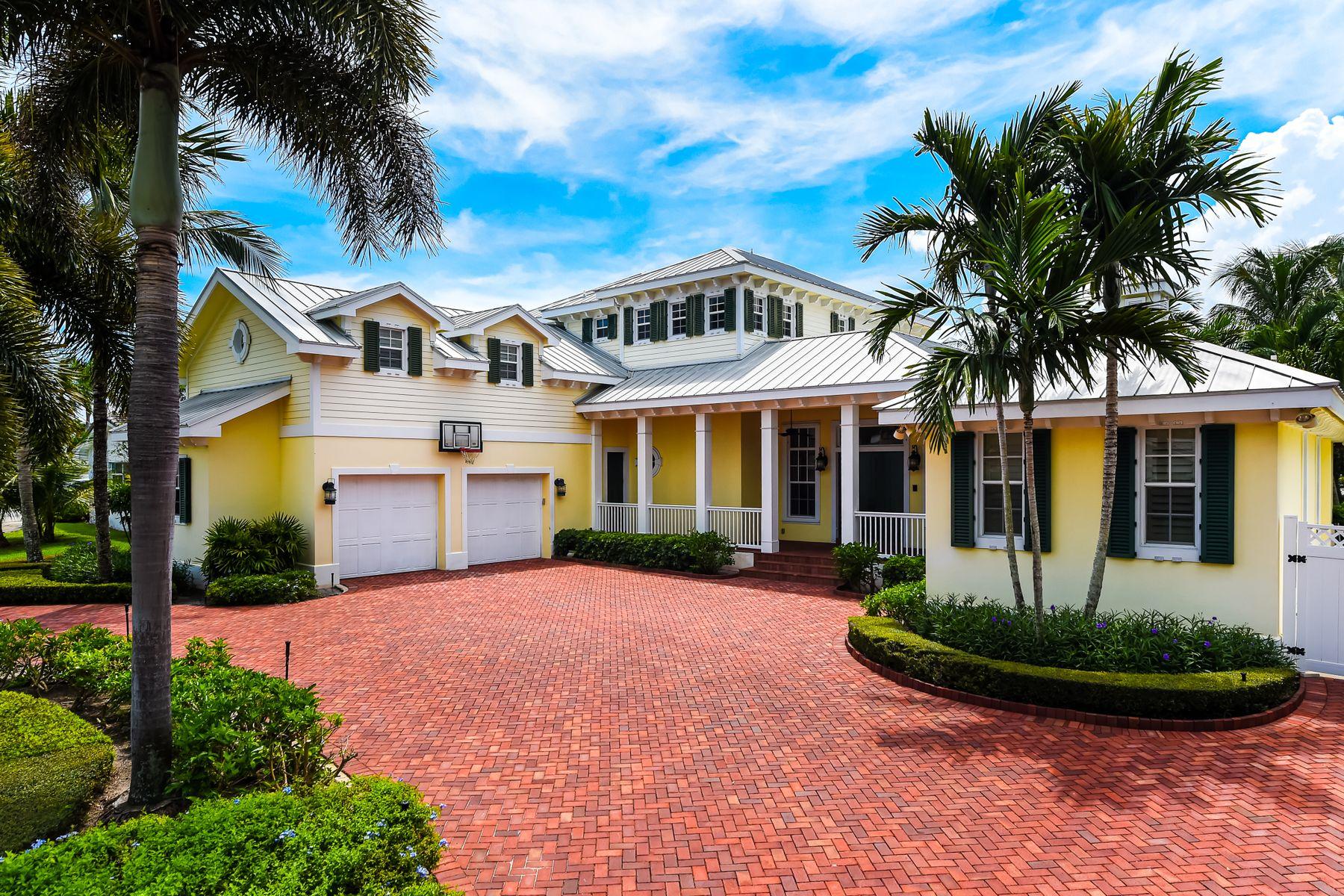 Single Family Homes için Satış at North Palm Waterfront 831 Country Club Dr, North Palm Beach, Florida 33408 Amerika Birleşik Devletleri
