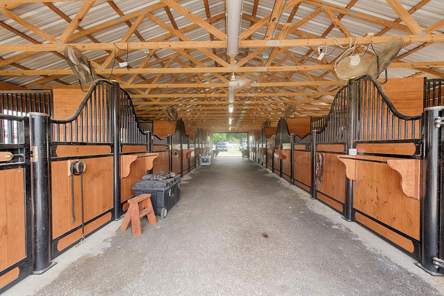 농장 / 목장 / 농장 용 매매 에 Spring, 텍사스 77379 미국