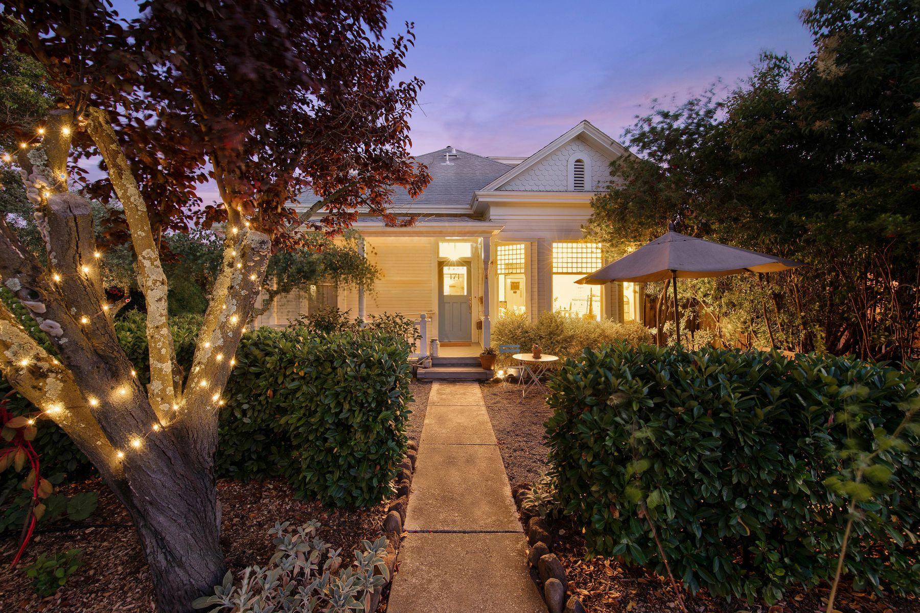 Multi-Family Homes por un Venta en Downtown Sonoma Inn Sonoma, California 95476 Estados Unidos