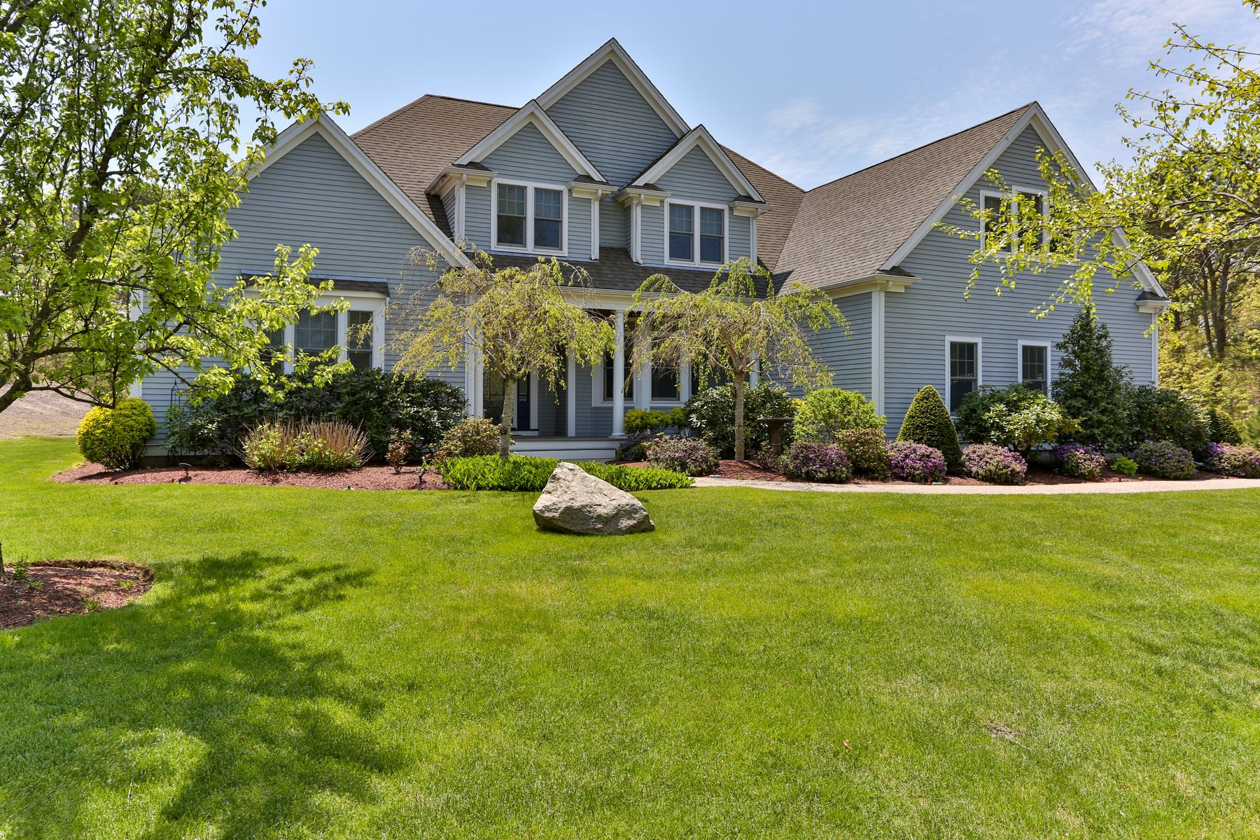 Single Family Homes for Active at 99 Hill And Plain Road East Falmouth, Massachusetts 02536 United States