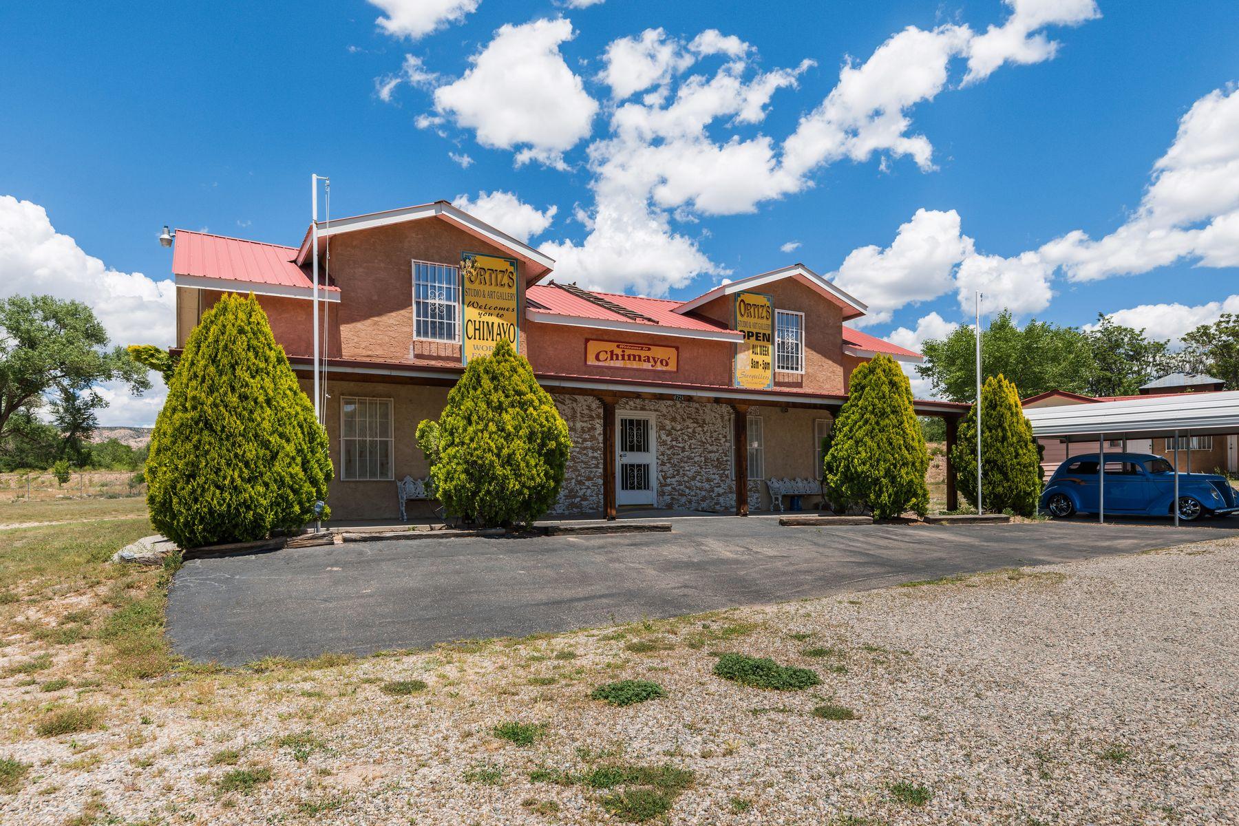 Single Family Homes pour l Vente à Chimayo, Nouveau-Mexique 87522 États-Unis