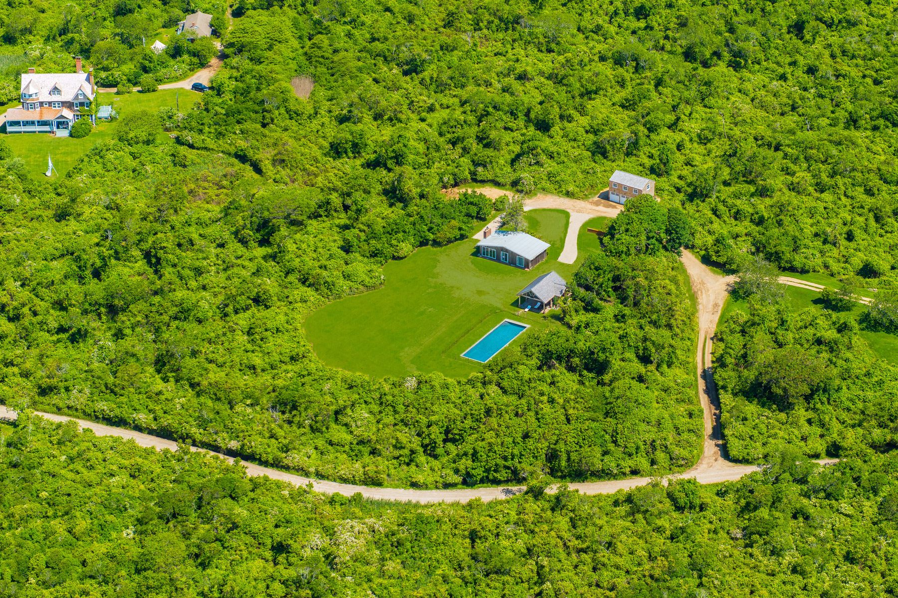 Single Family Homes 為 出售 在 TOTAL PRIVACY AND PANORAMIC OCEAN VIEWS 139 Deforest Road, Montauk, 纽约 11954 美國