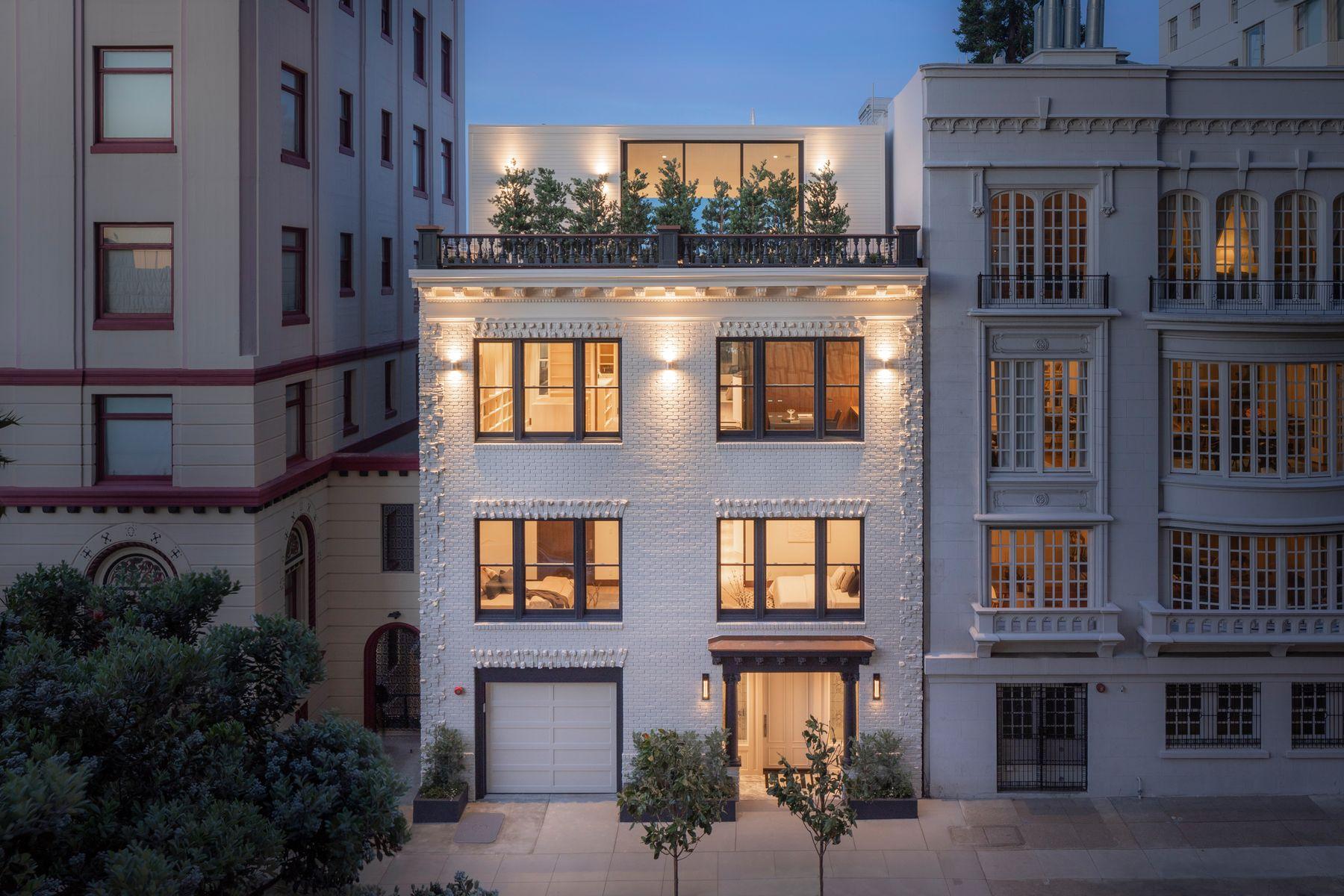 Single Family Homes 为 销售 在 Nob Hill's Crown Jewel 1350 Jones St 旧金山, 加利福尼亚州 94109 美国