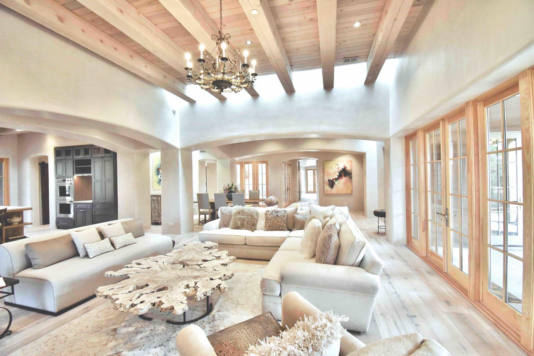 Single Family Homes pour l Vente à Casa De Lavanda 208 Camino Del Norte, Santa Fe, Nouveau-Mexique 87501 États-Unis