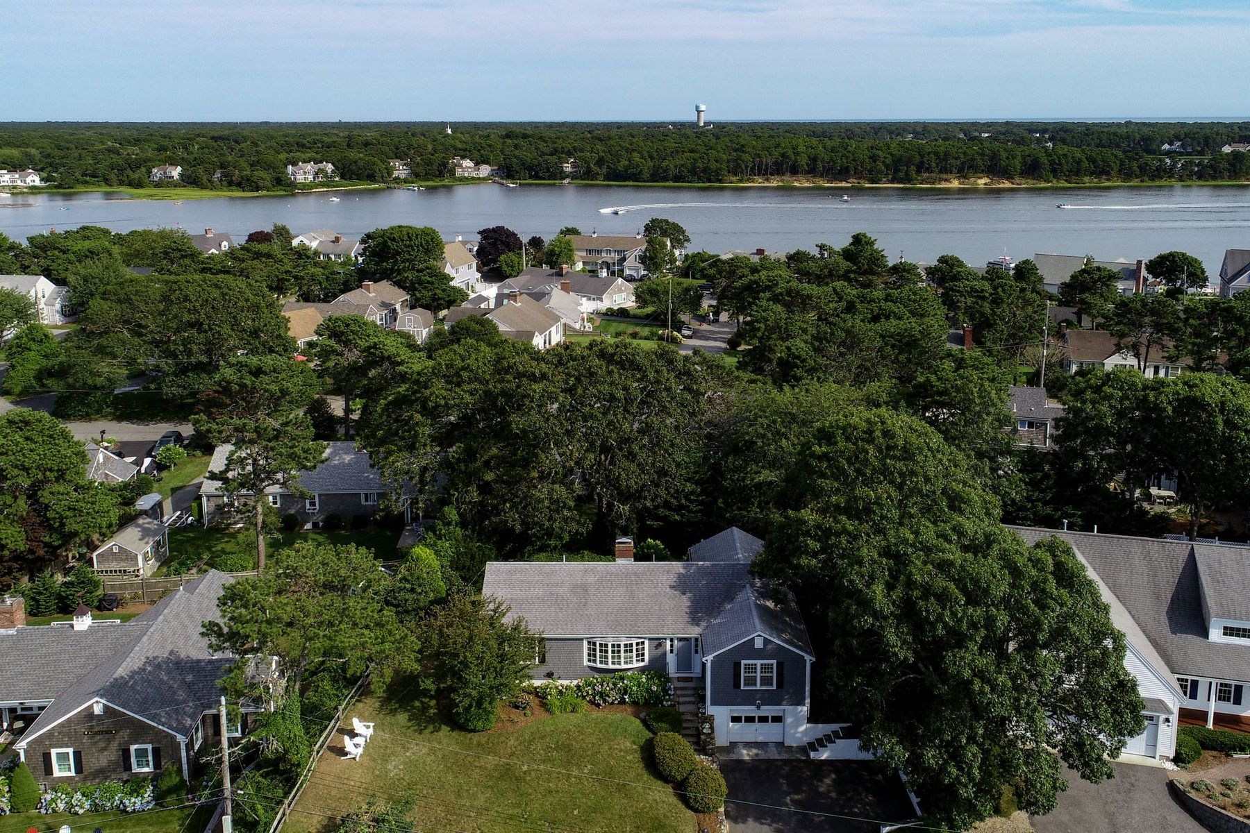 Single Family Homes 为 销售 在 南雅茅斯, 马萨诸塞州 02664 美国