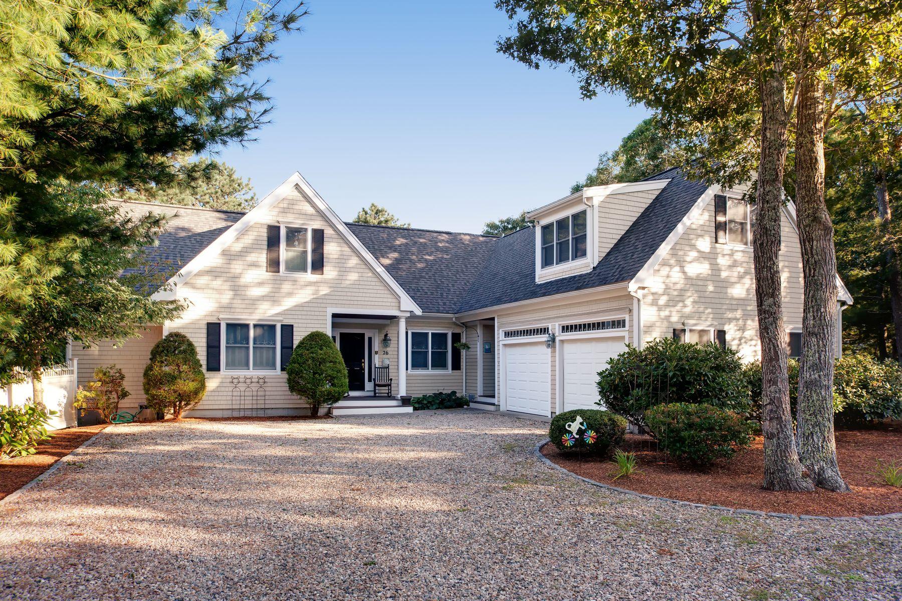 Single Family Homes 용 매매 에 26 Quaker Run Road, Mashpee, MA Mashpee, 매사추세츠 02649 미국