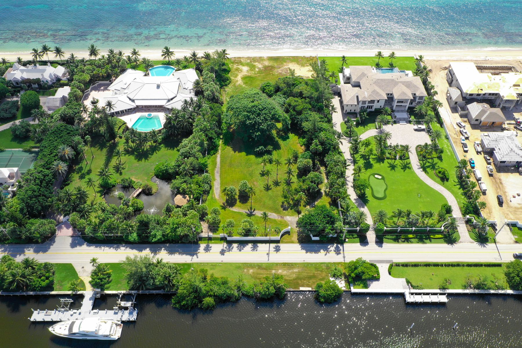 Land for Active at Direct Ocean and Intracoastal Parcel 980 S Ocean Blvd Manalapan, Florida 33462 United States