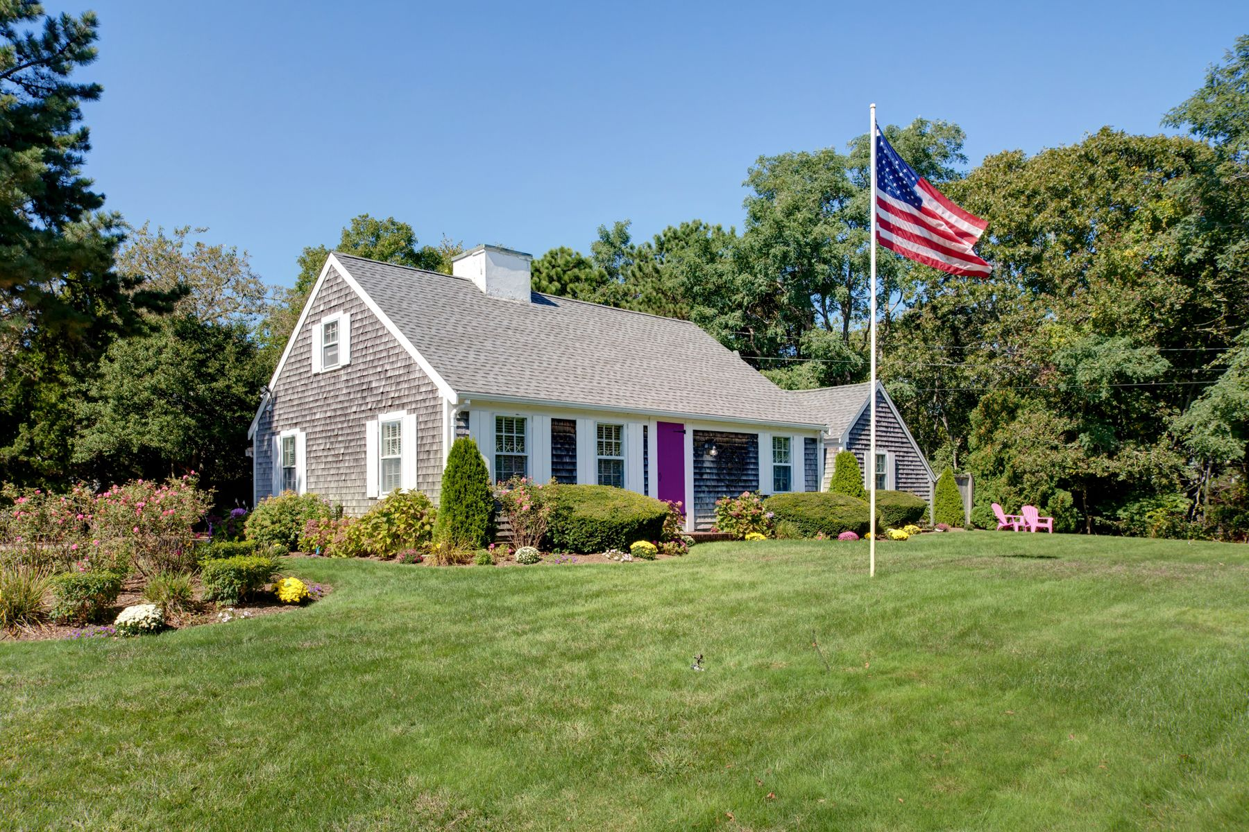 Single Family Homes por un Venta en 630 South Main Street Centerville, Massachusetts 02632 Estados Unidos
